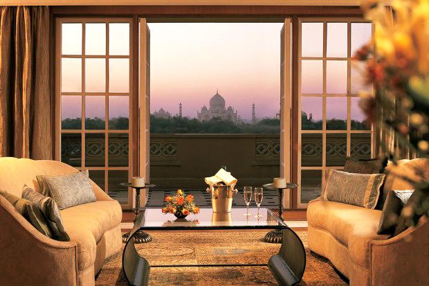resort taj mahal view