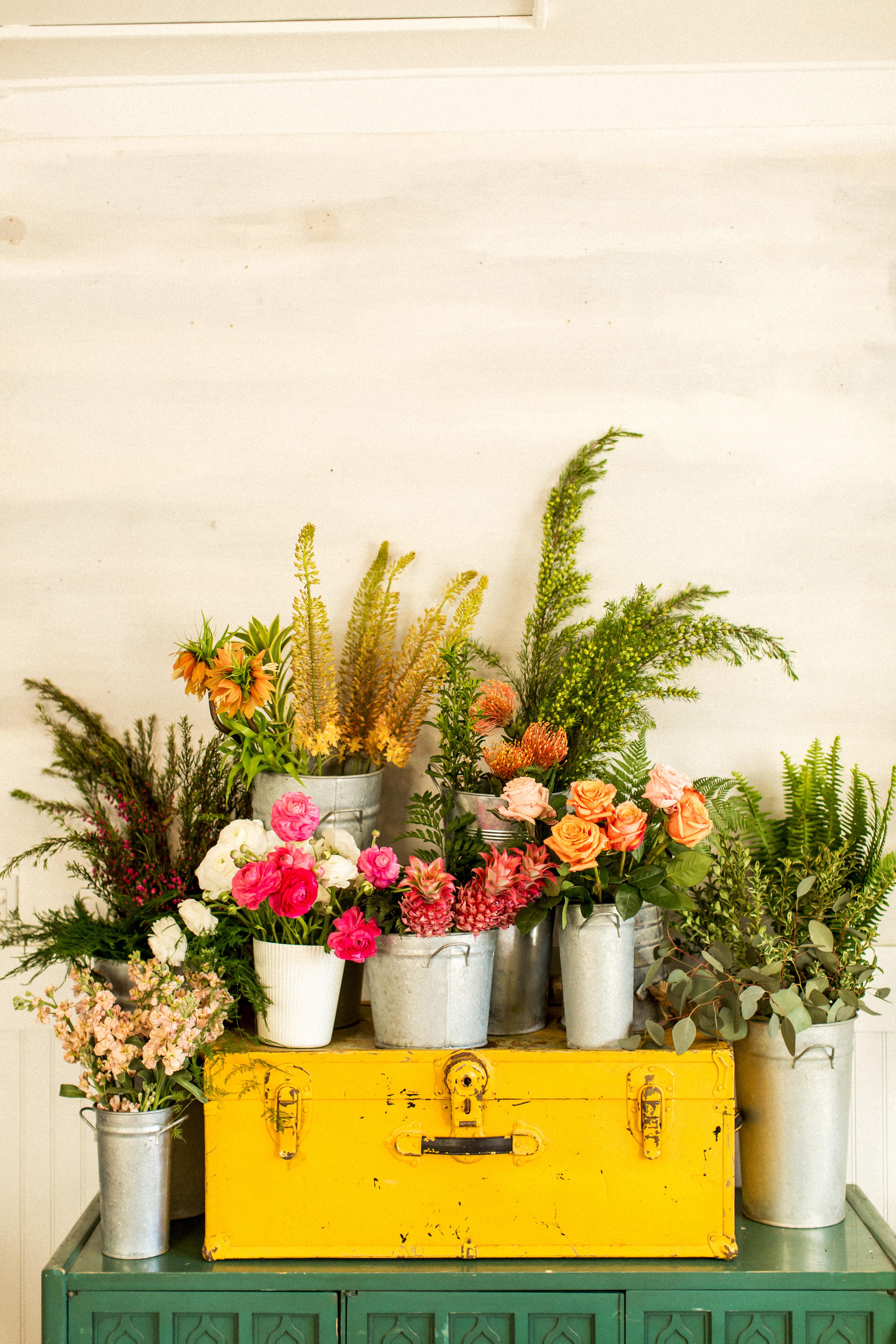kara bridal shower flowers
