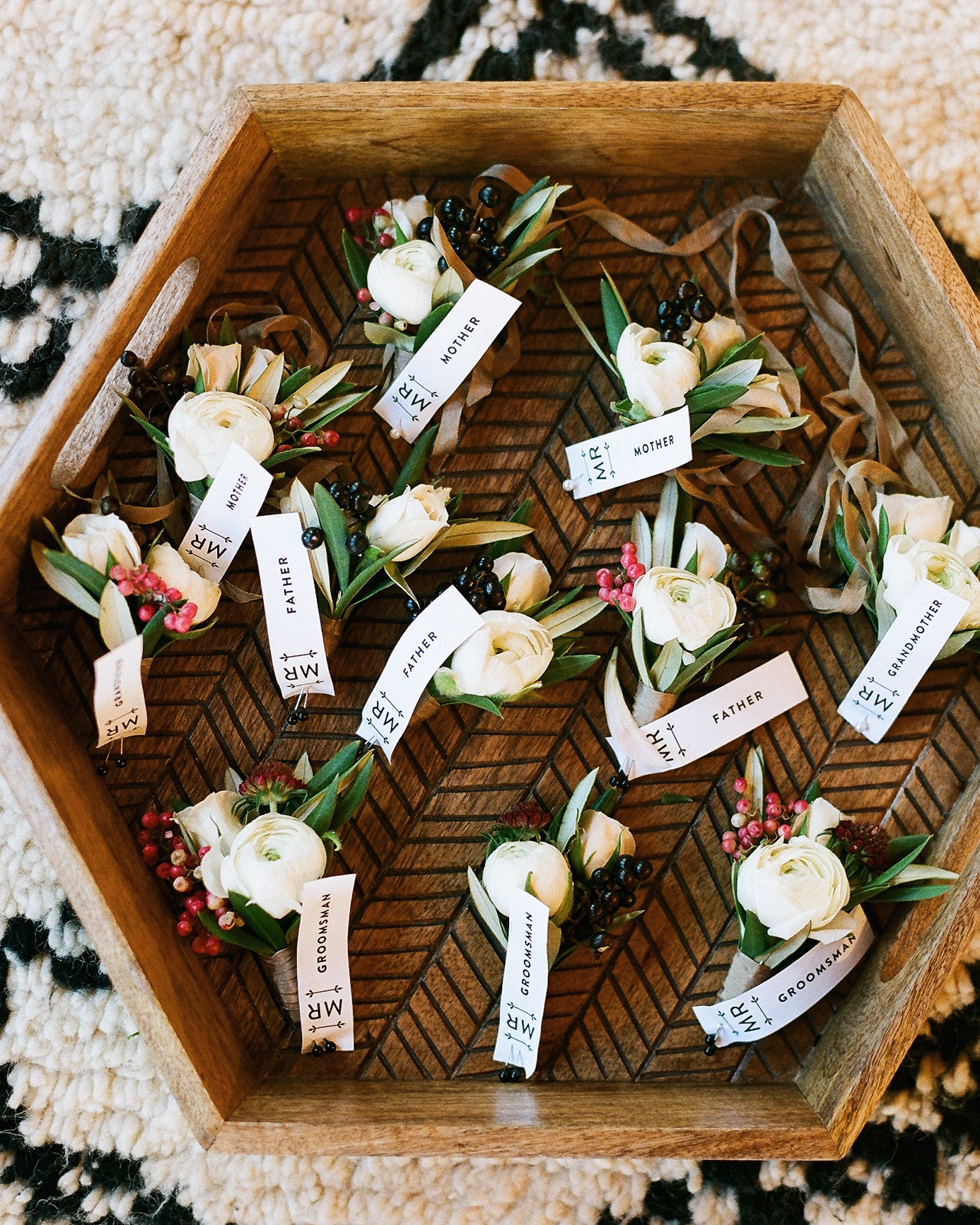 maddy-mike-wedding-boutonnieres-103.9767.10.2015.49-6134174-0716.jpg