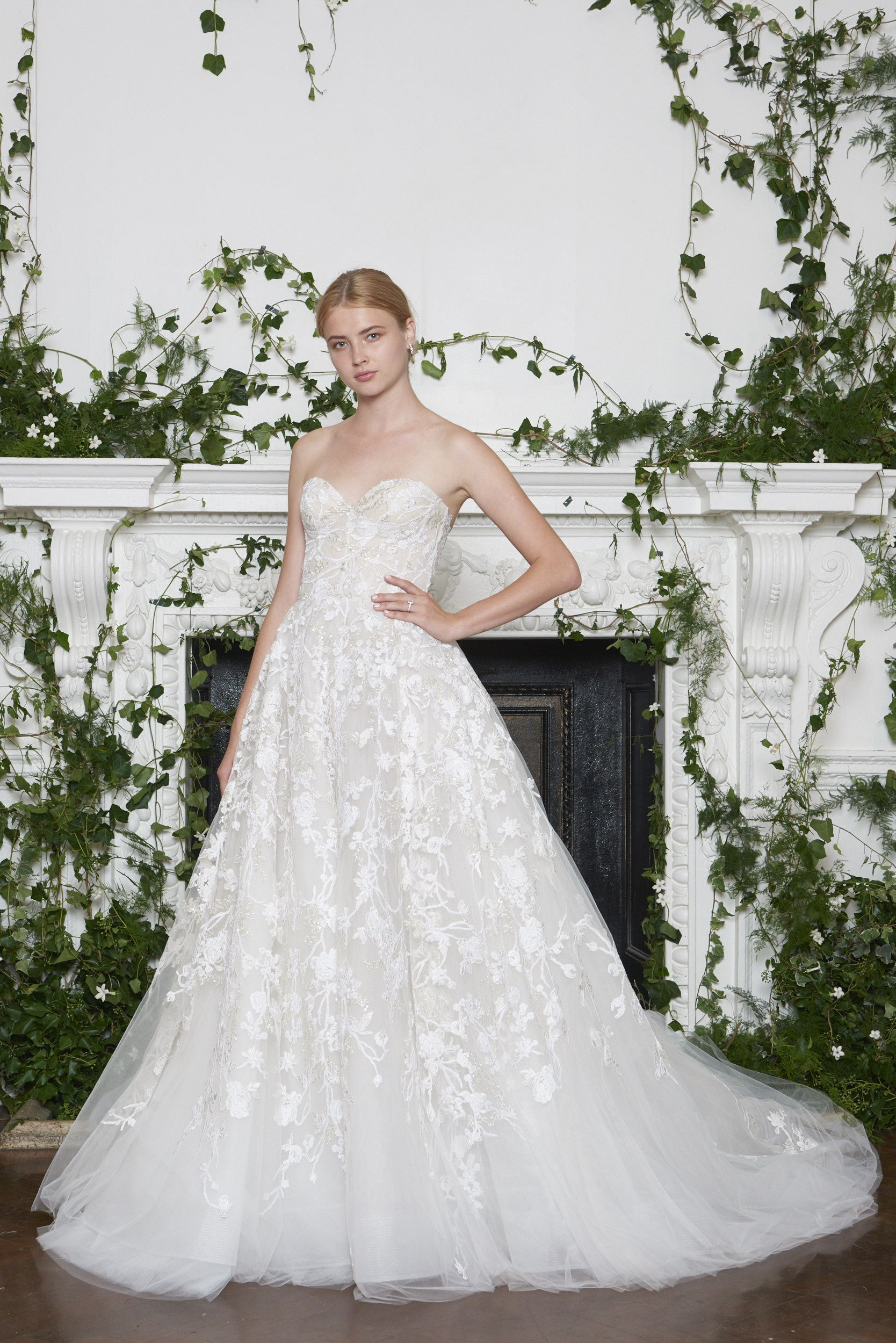 Monique Lhuillier Fall 2018 Strapless Ball Gown with Sweetheart Neckline