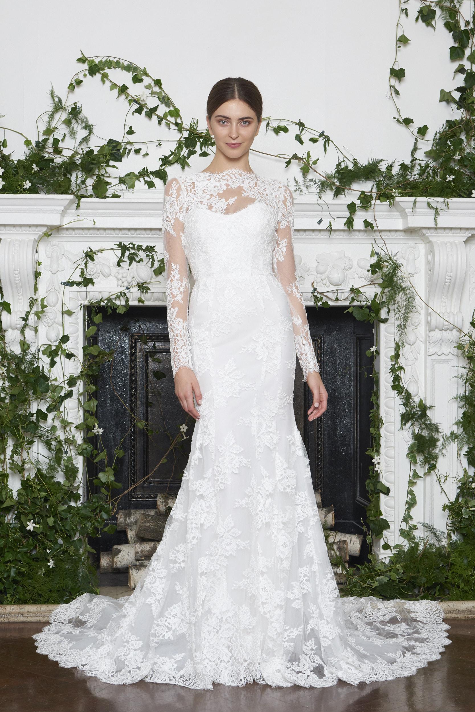Monique Lhuillier Fall 2018 Long Sleeved Slim Lace Trumpet Wedding Dress