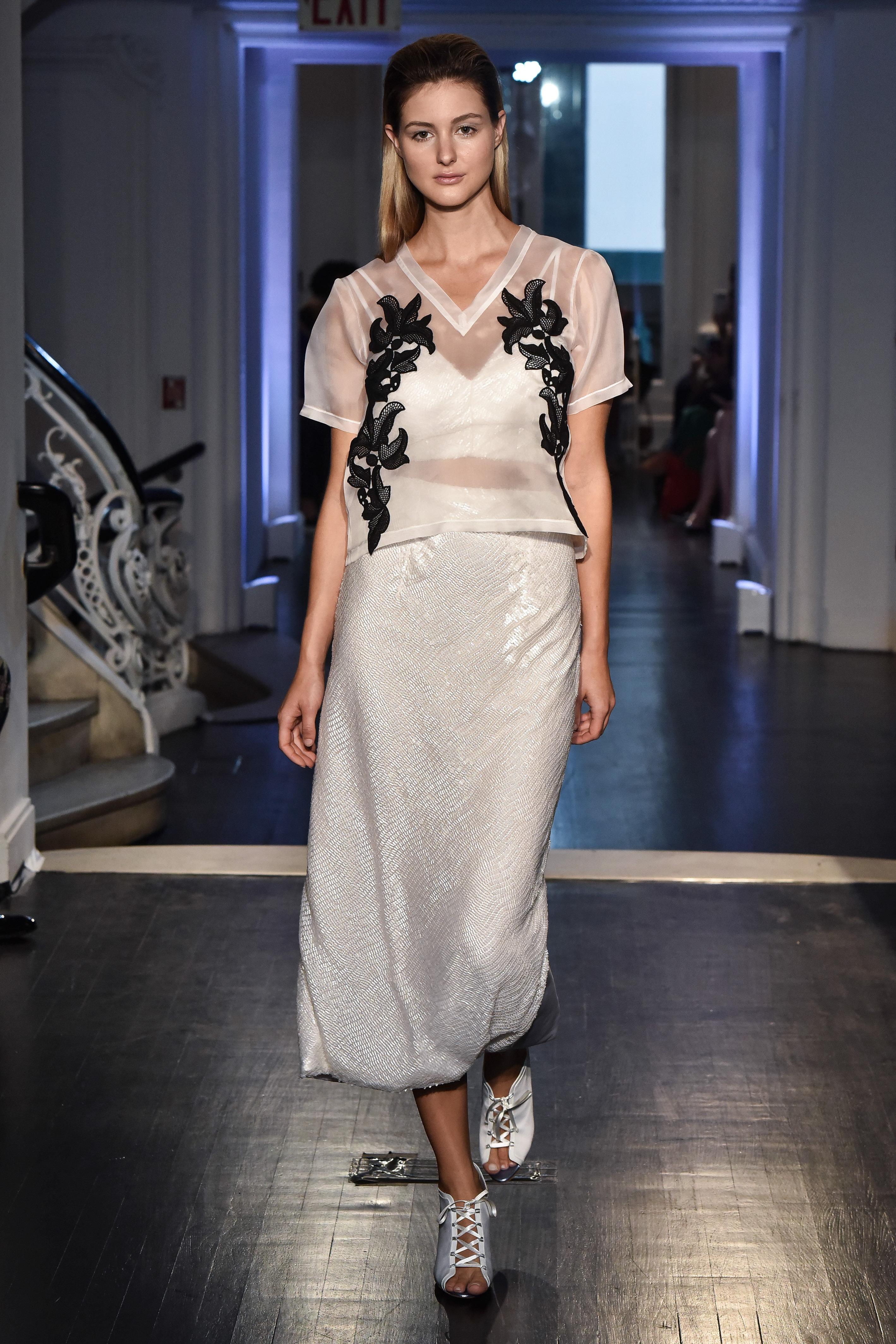 lakum wedding dress fall 2018 separates black applique