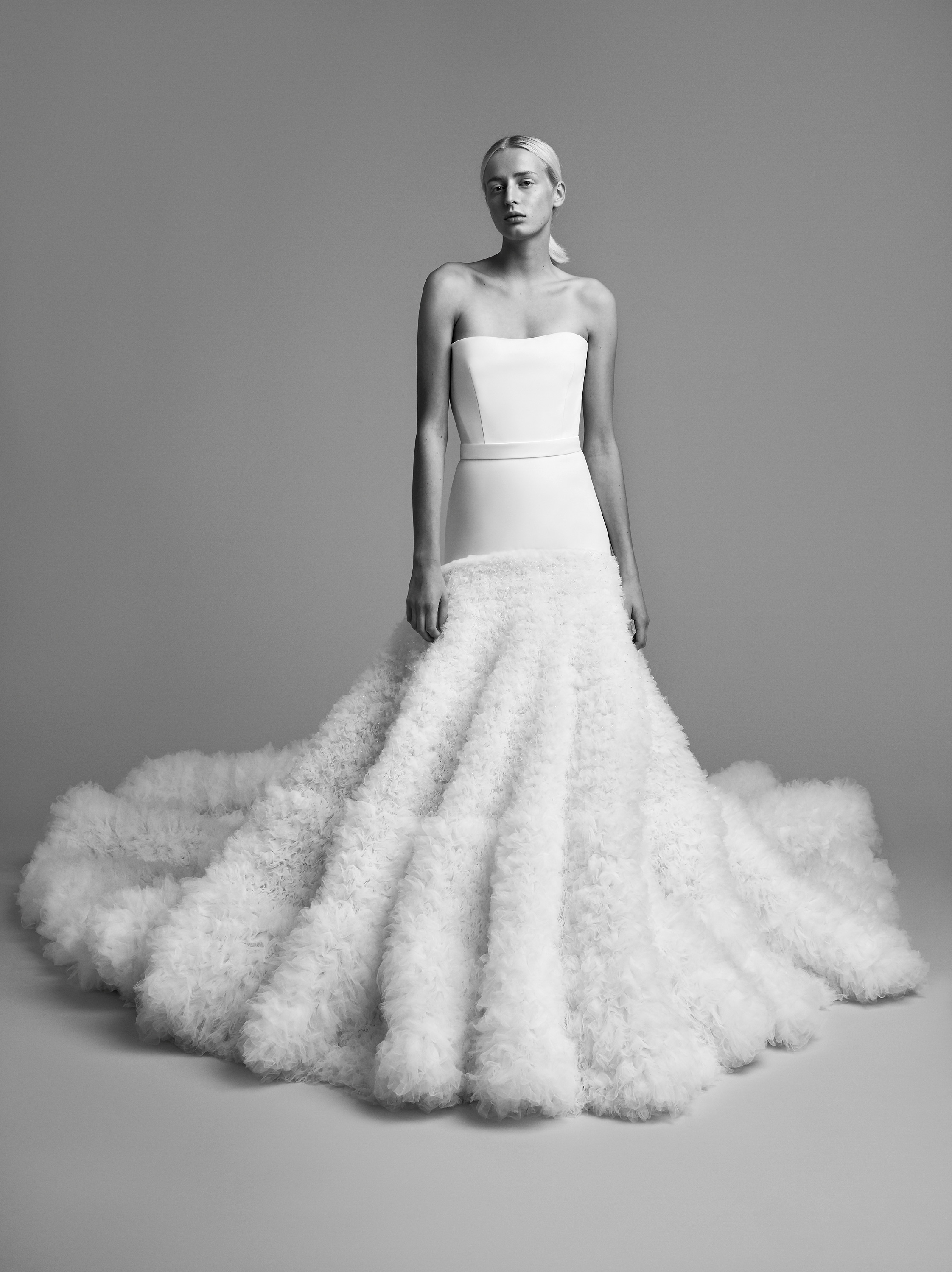 viktor rolf wedding dress fall 2018 crystallized tulle fur gown