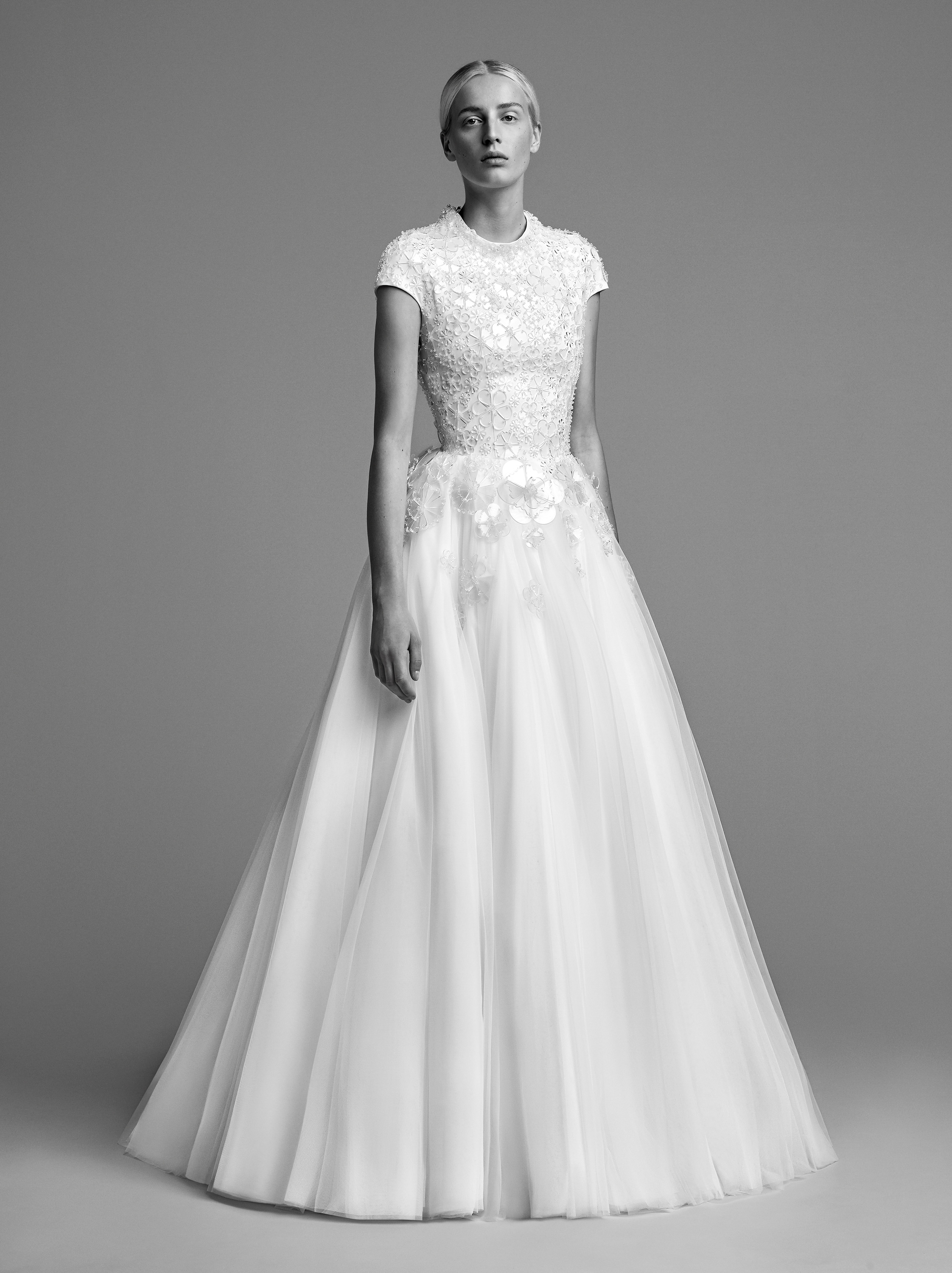 viktor rolf wedding dress fall 2018 a-line tulle cap sleeve