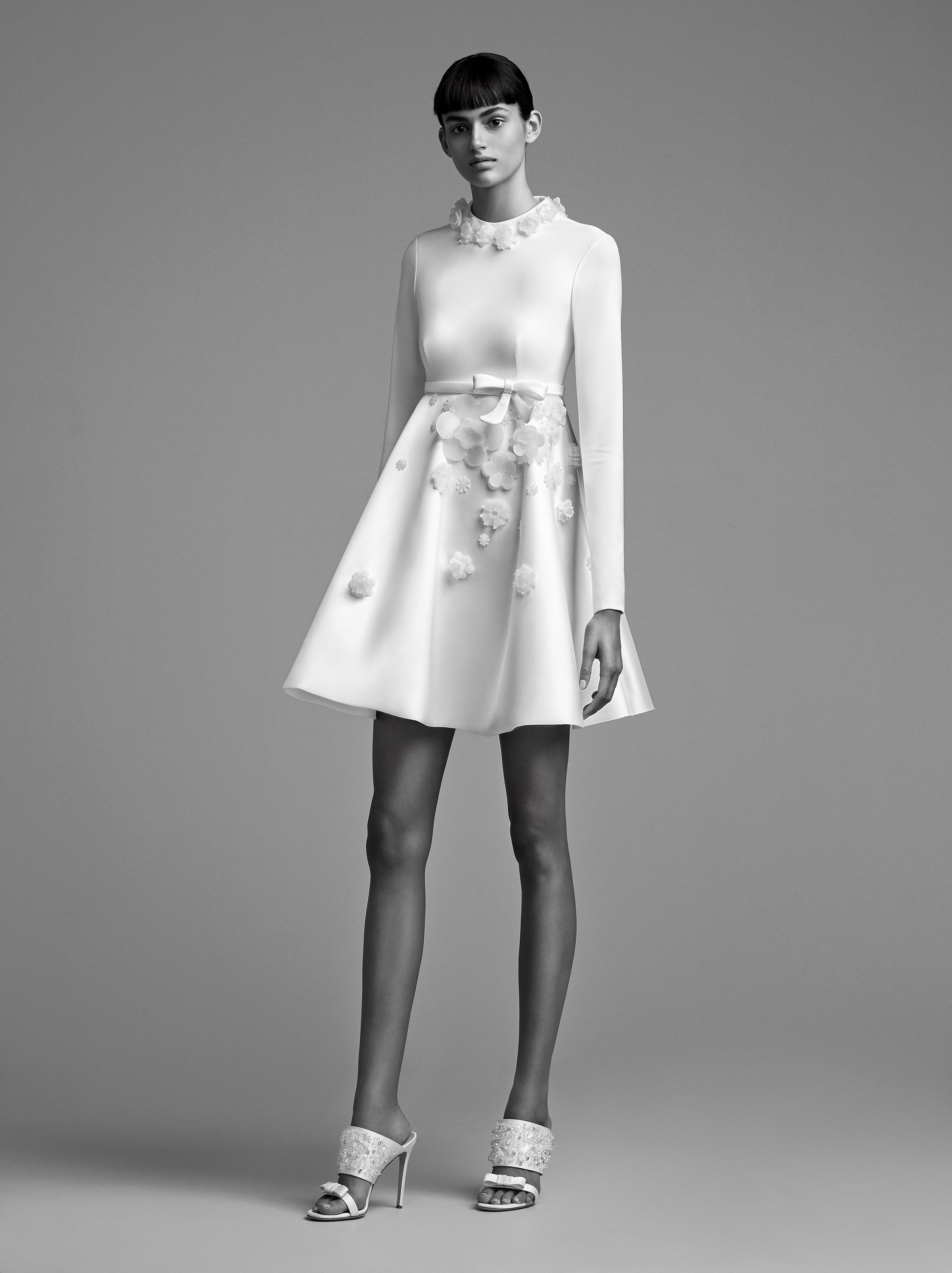 viktor rolf wedding dress fall 2018 babydoll empire long sleeve