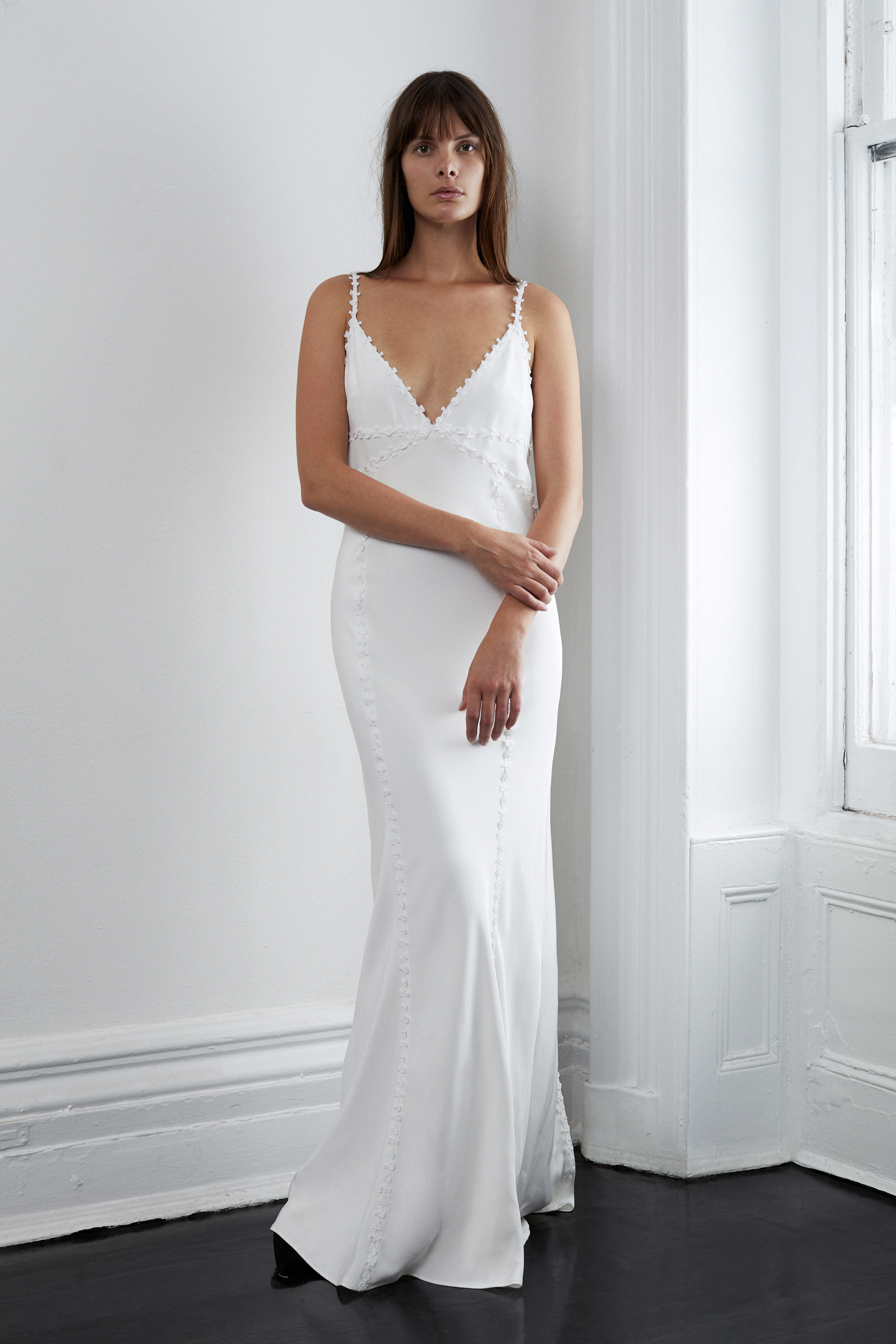 lein fall 2018 wedding dress spaghetti straps v-neck trumpet
