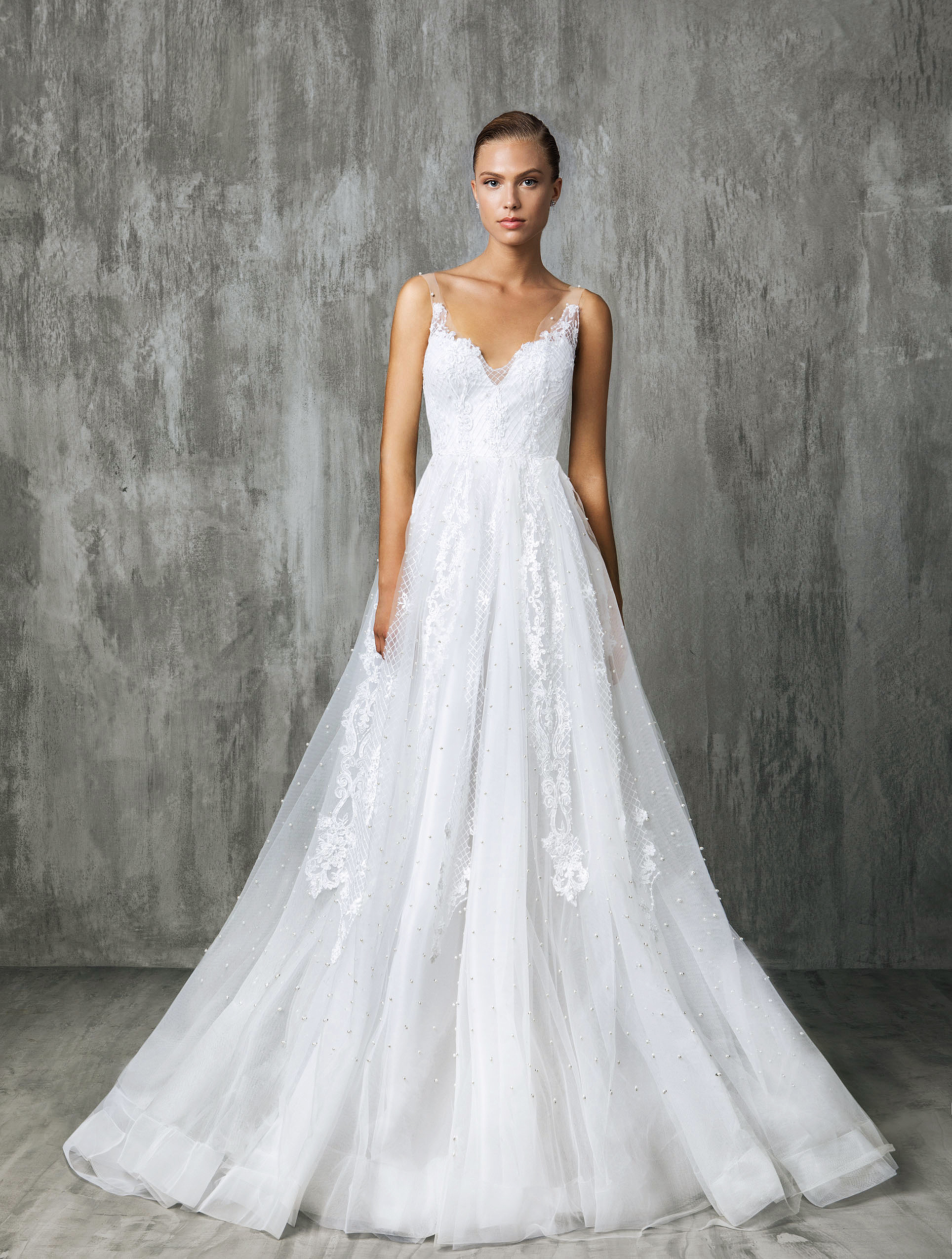 Victoria Kyriakides Sweetheart Wedding Dress Fall 2018