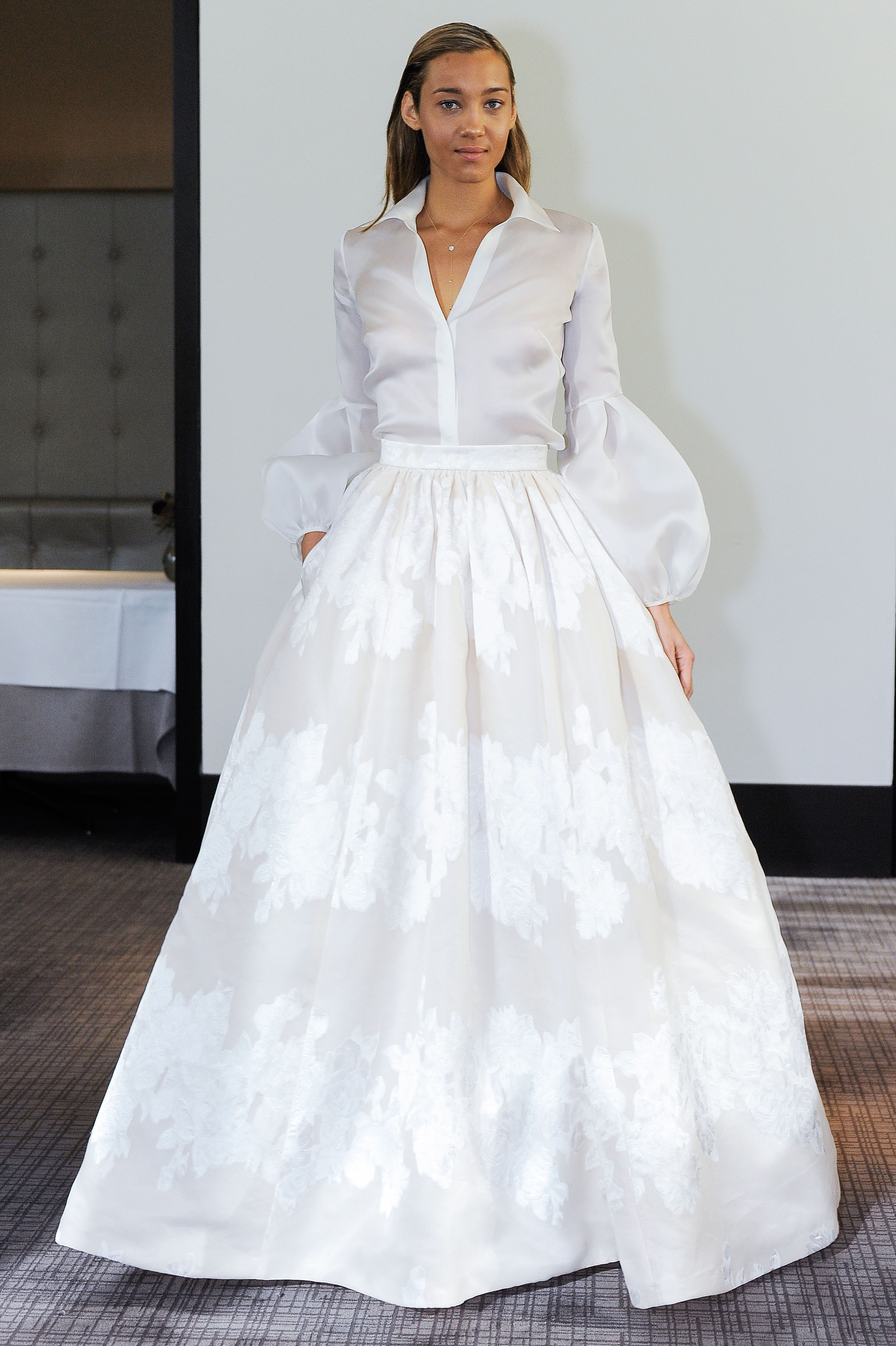gracy accad long sleeves wedding dress fall 2018