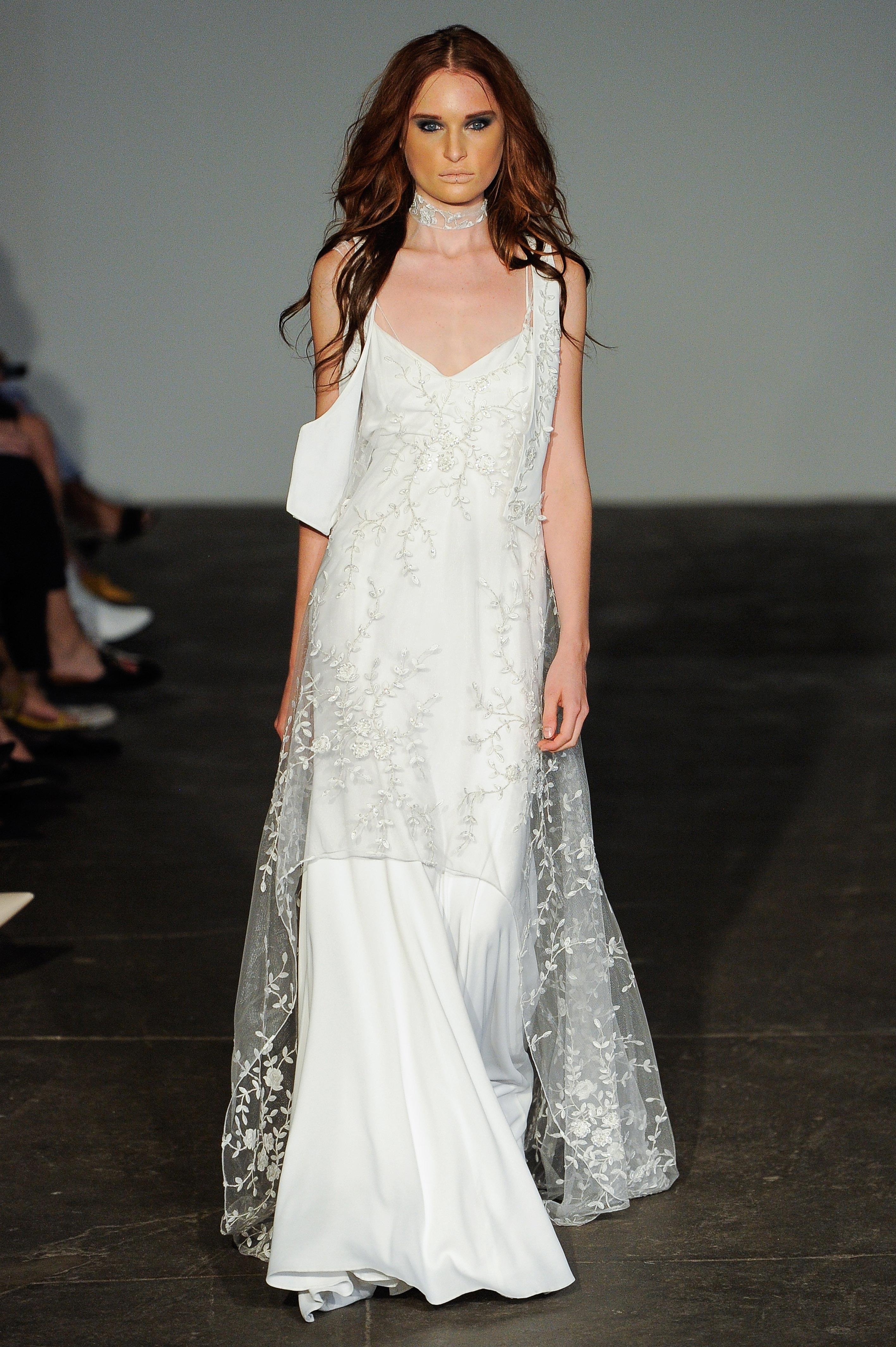 rime arodaky fall 2018 v-neck lace covering wedding dress