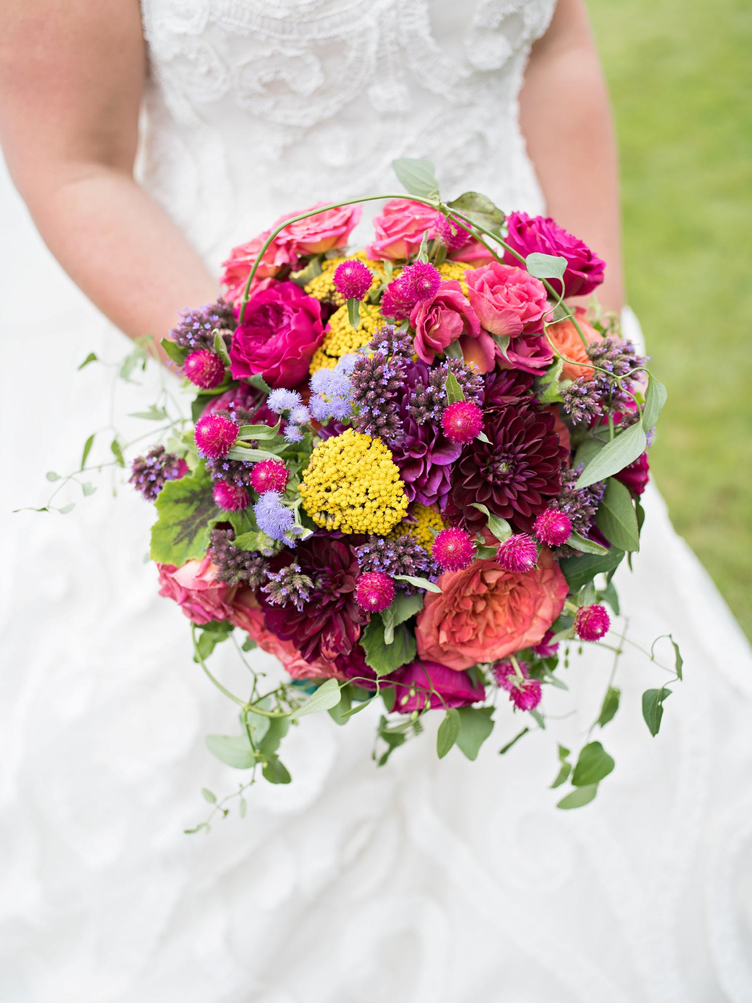 madelyn jon wedding bridal bouquet