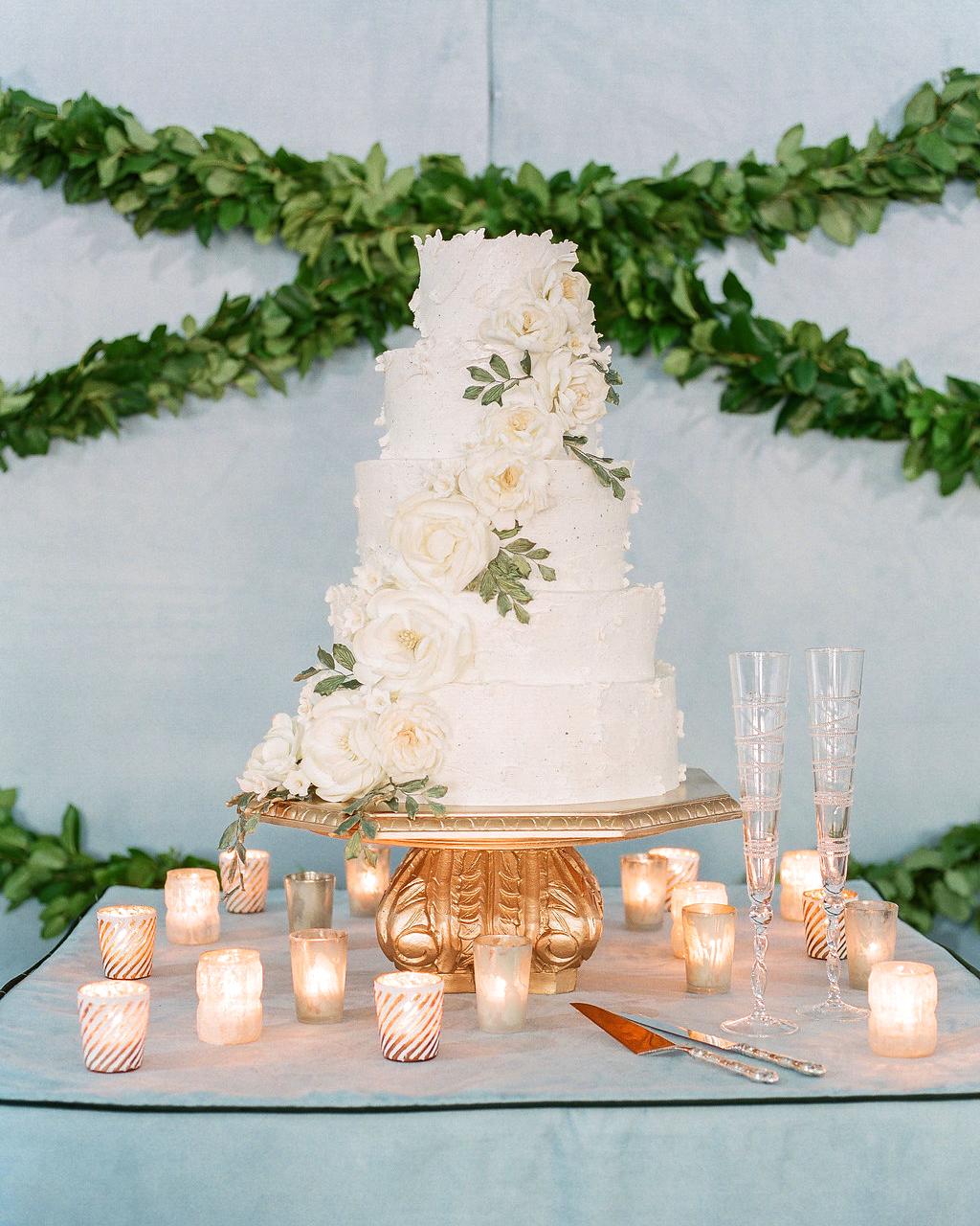 shelby barrett wedding cake