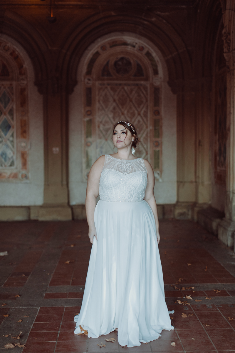 Lovely Bride Wedding Dress with Illusion Neckline