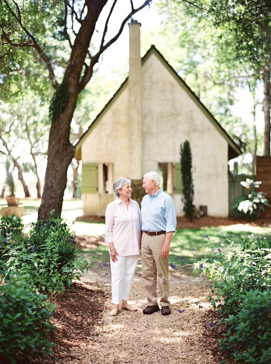 anniversary couple portrait cottage