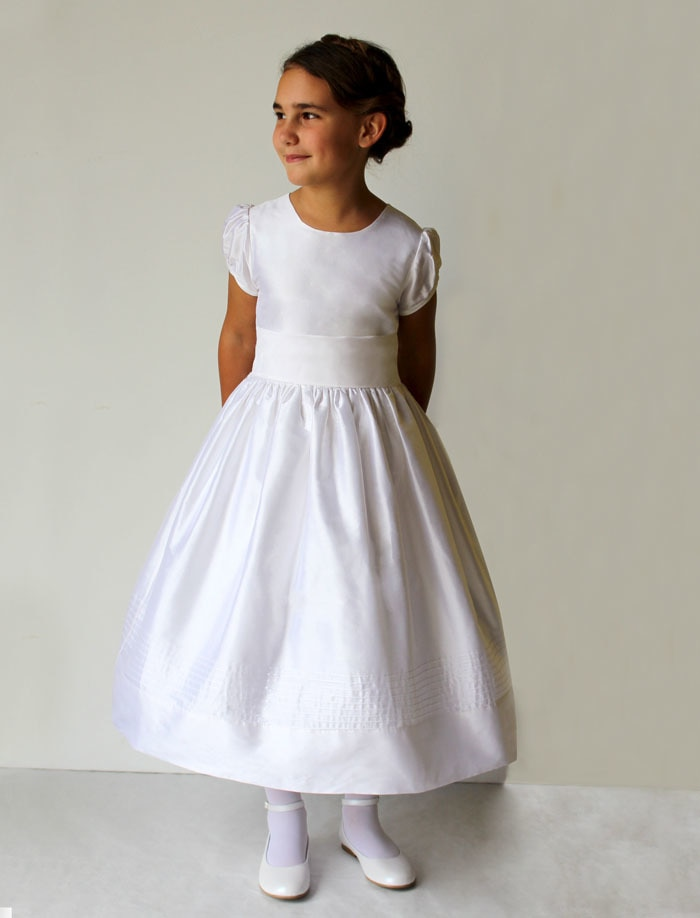 white Mid-Calf Length Dress with Short Sleeves