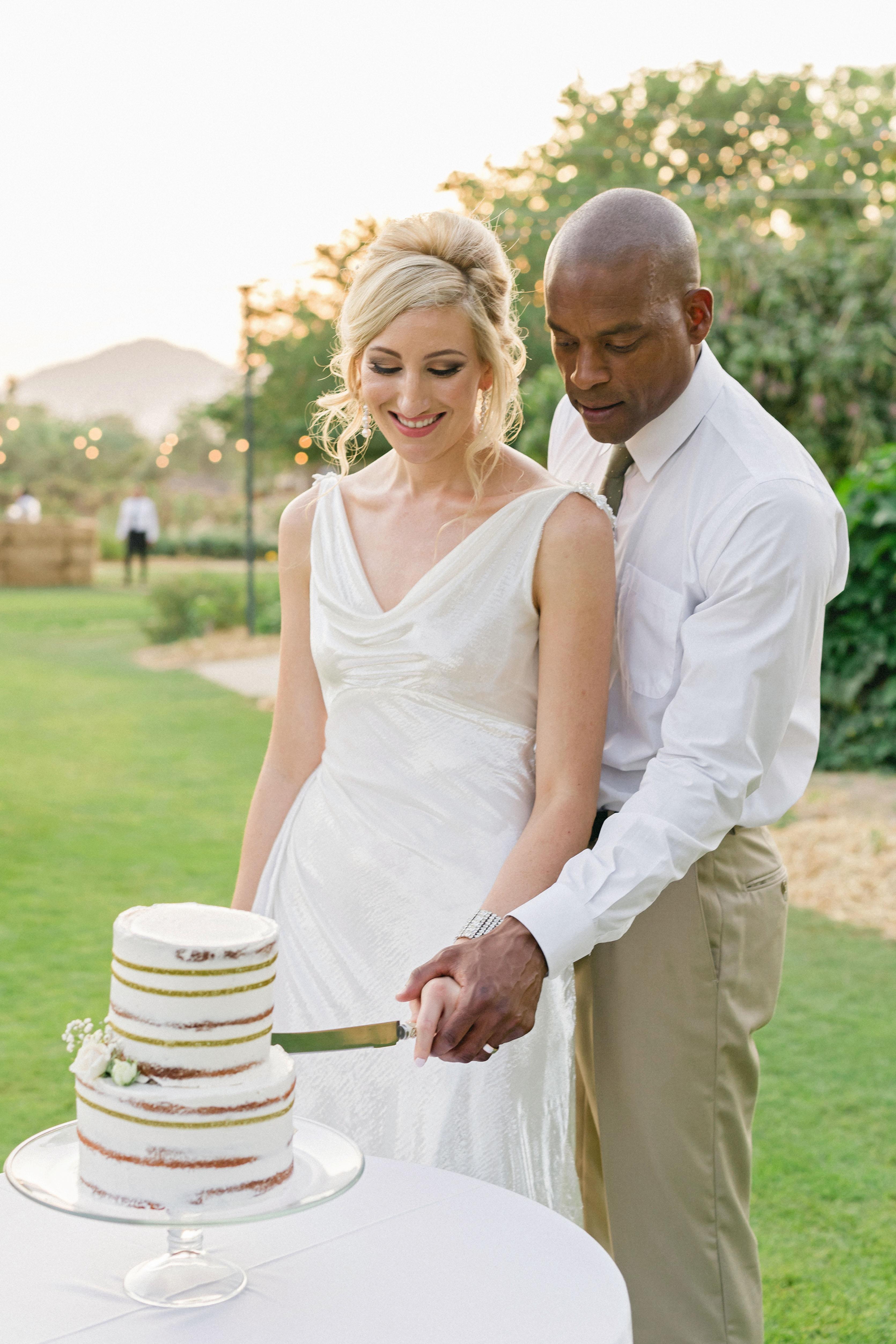 brittany craig wedding cake cutting