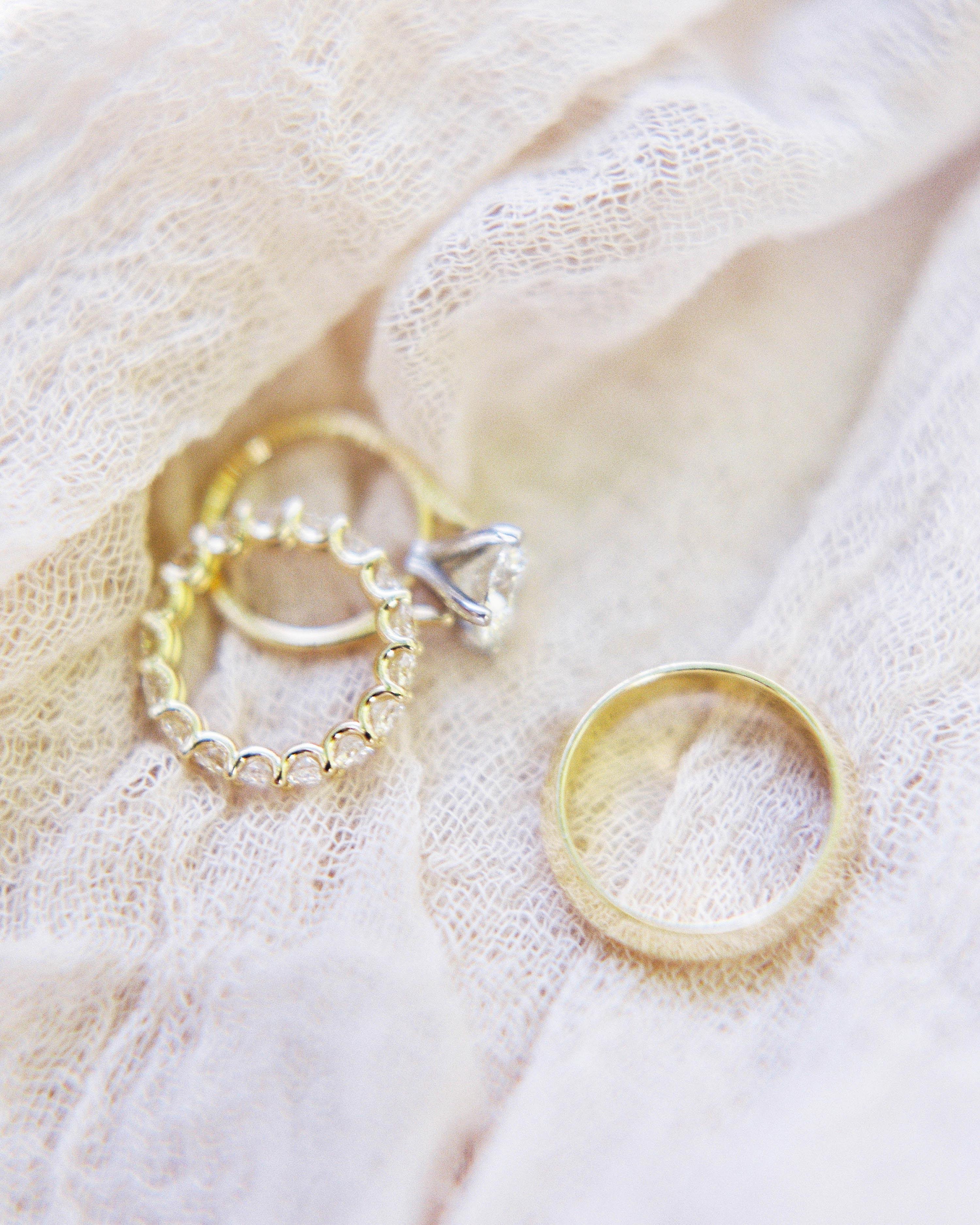 amy-garrison-wedding-rings-00057-6134266-0816.jpg