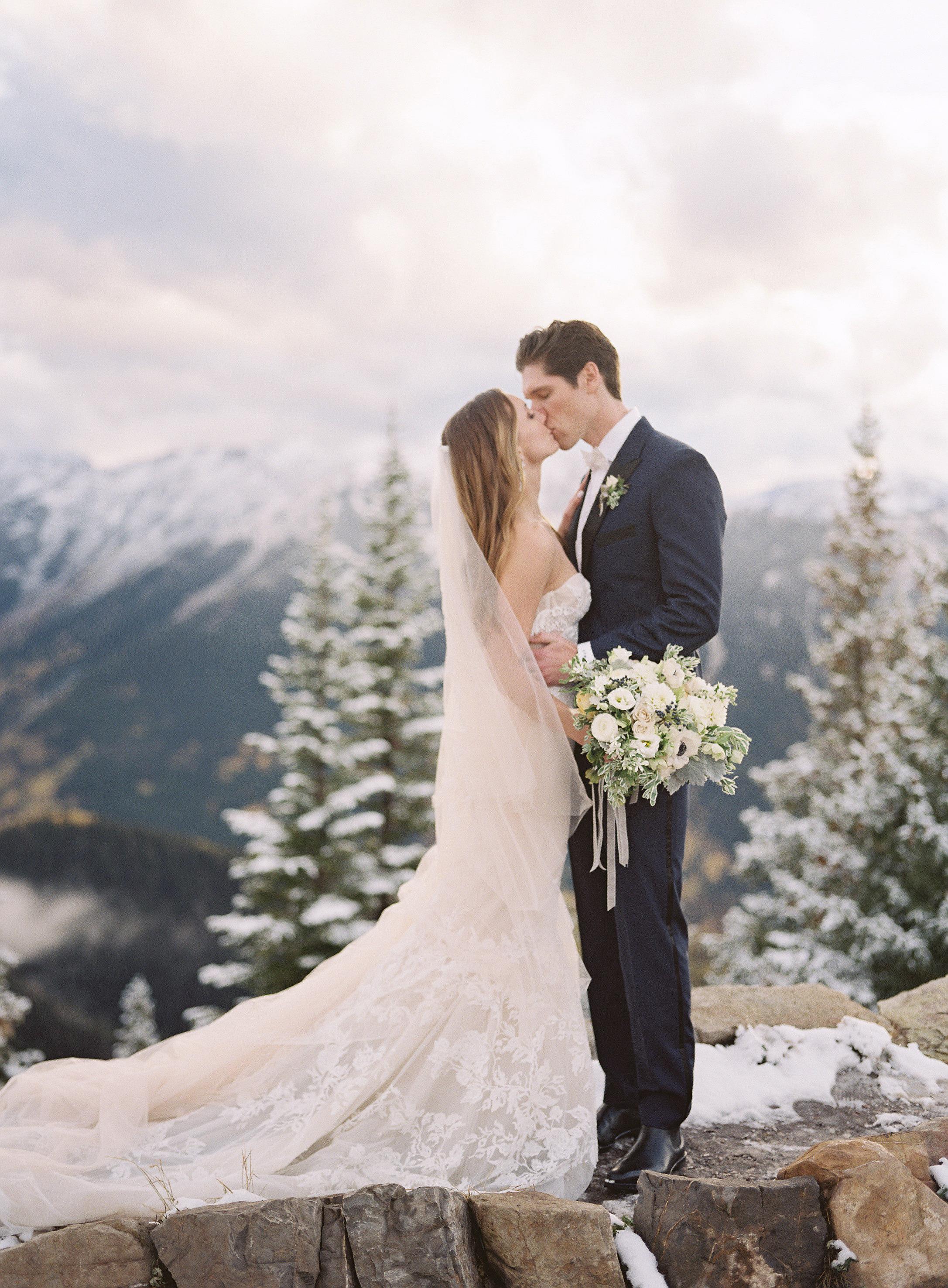 taylor cameron wedding couple kiss