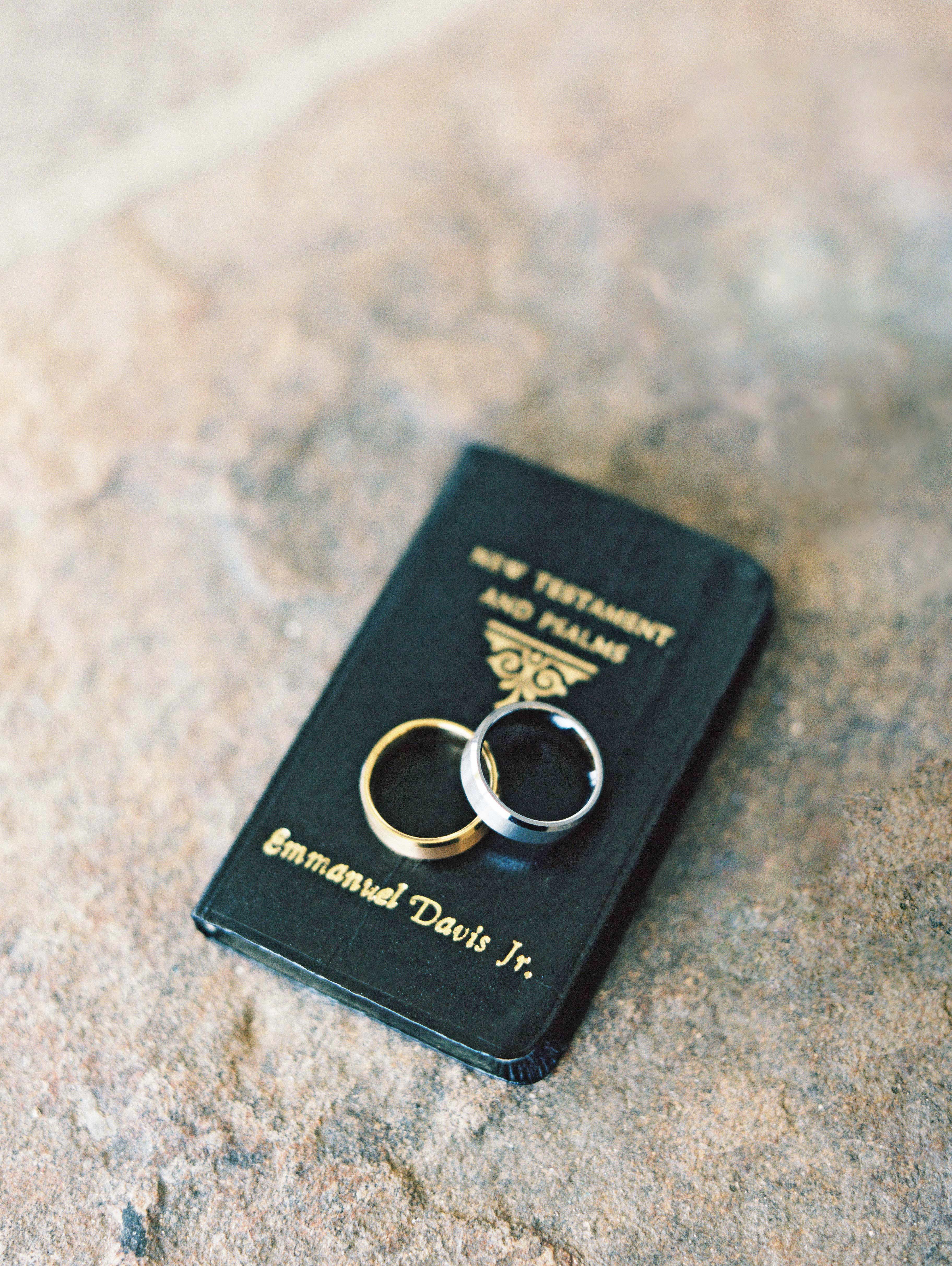 daniela emmanuel wedding maryland bible rings