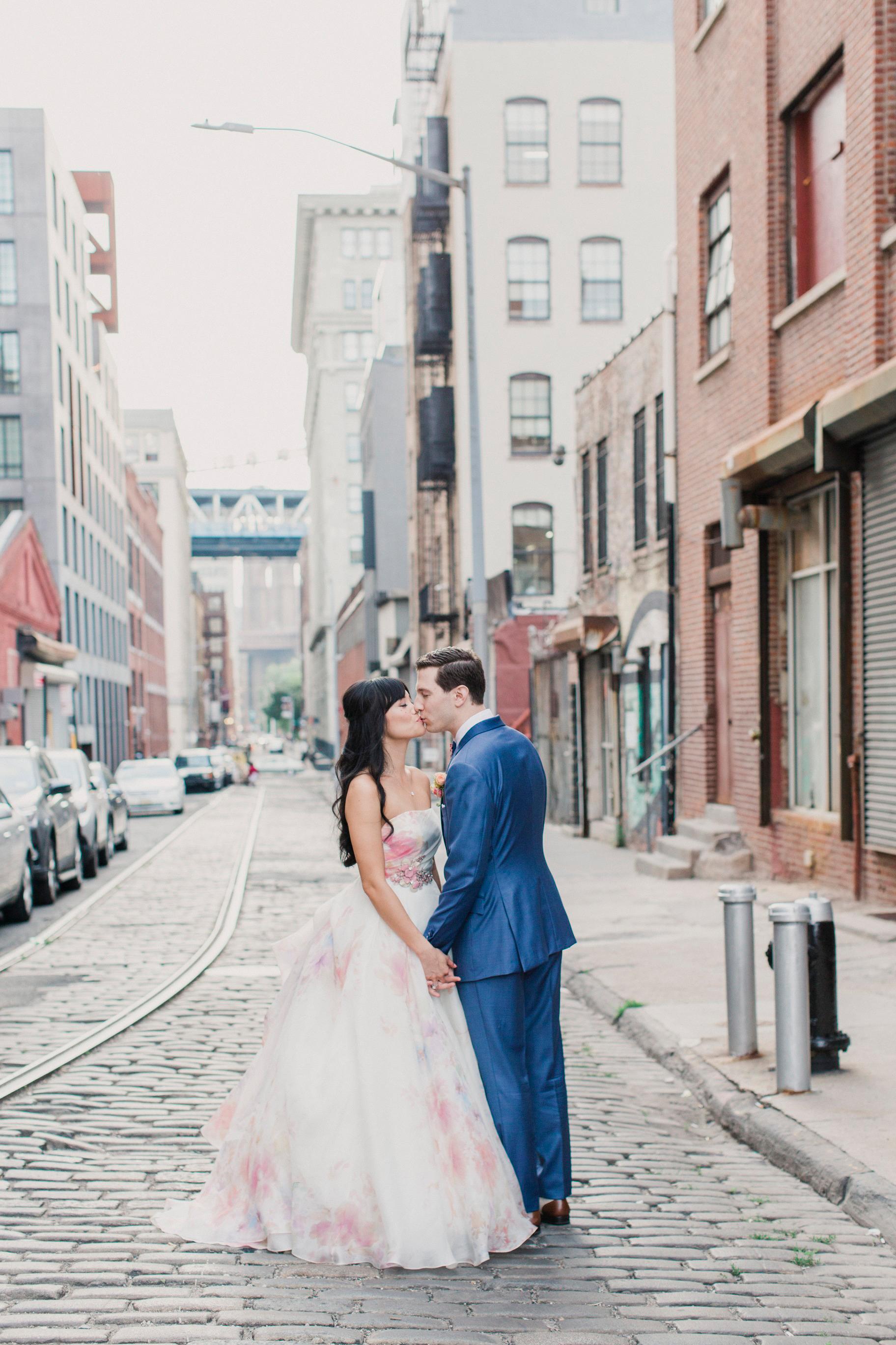 risa ross wedding brooklyn new york portrait kiss