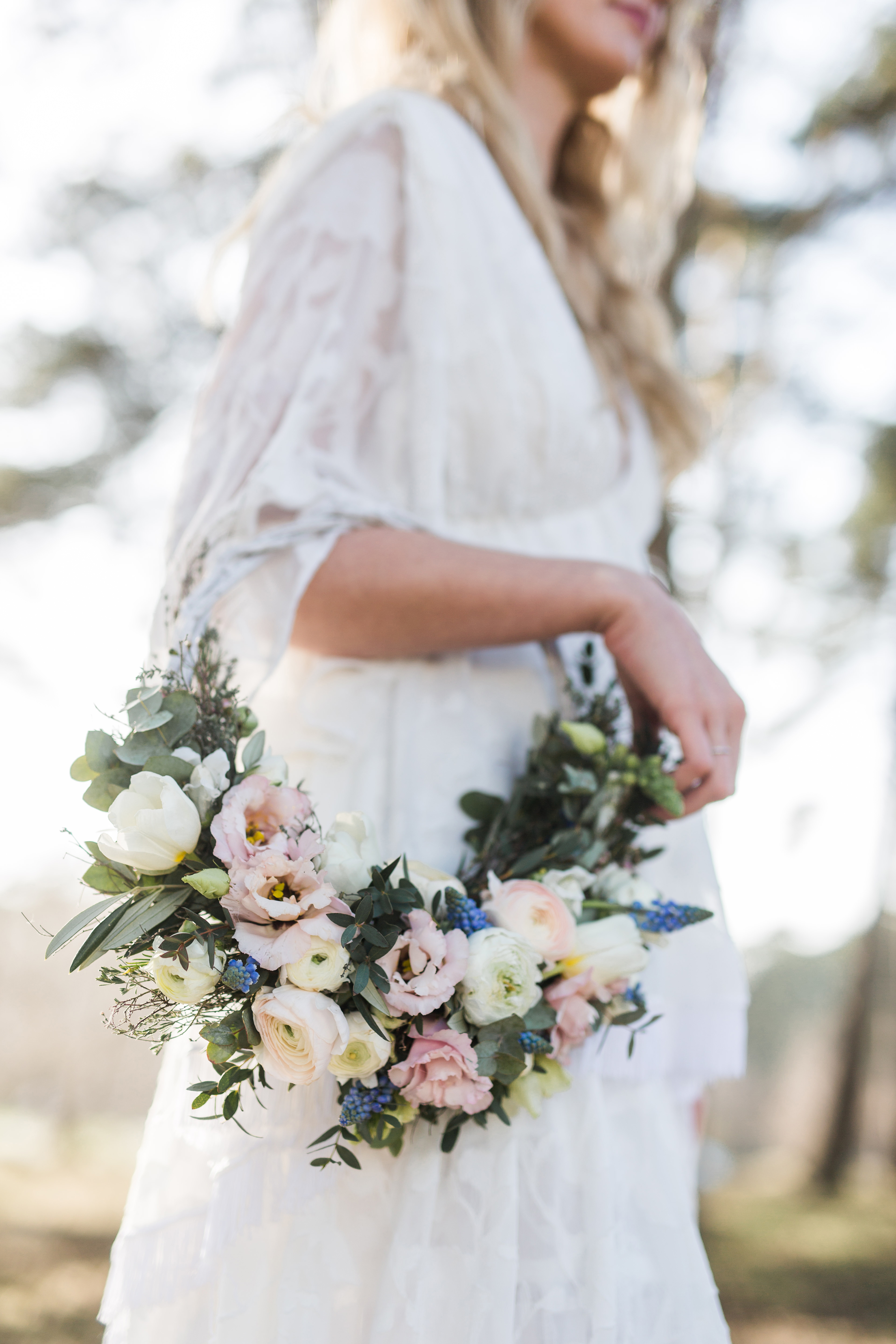 hoop bouquets julia schnick