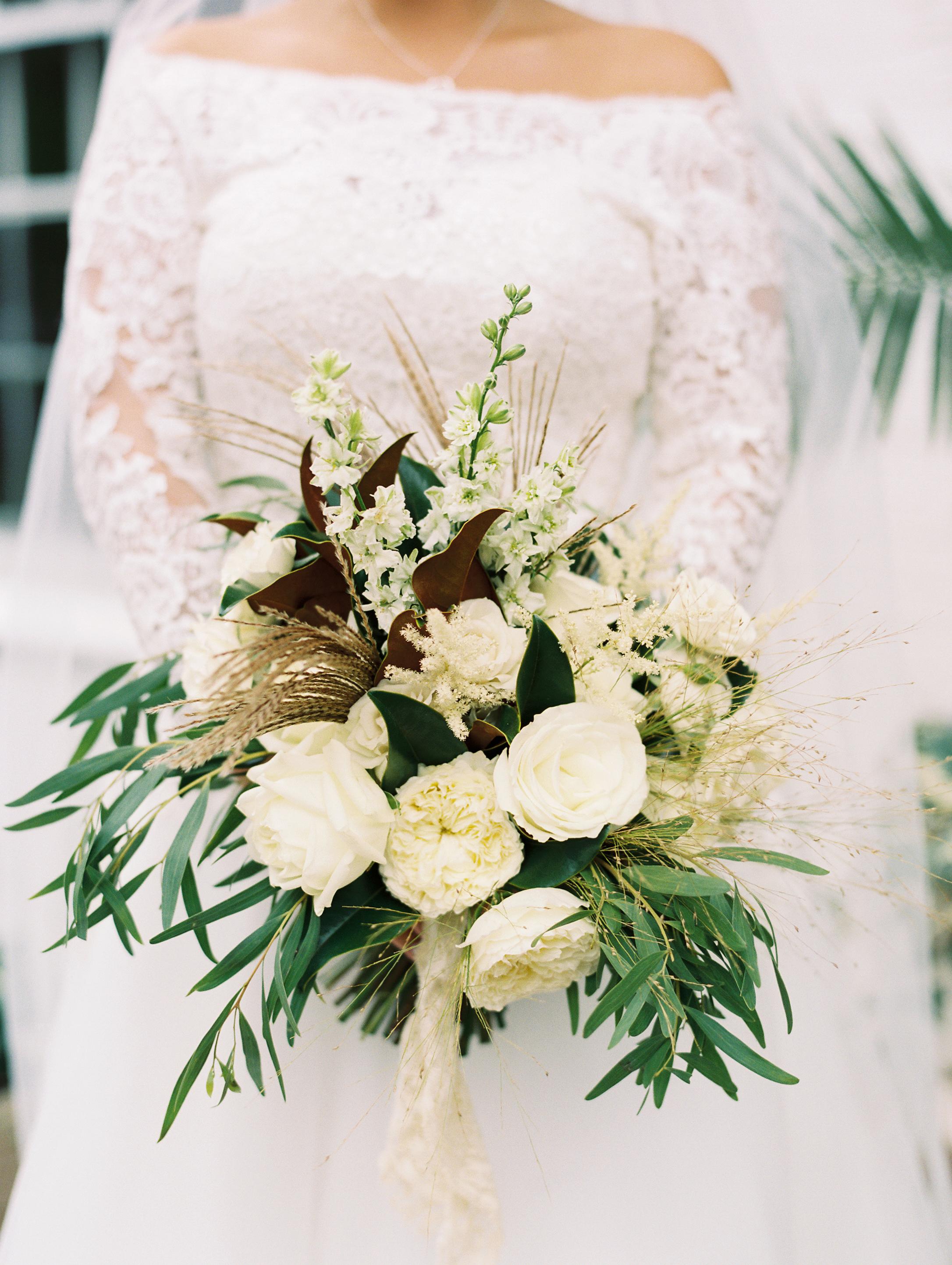 kendall nick wedding bouquet