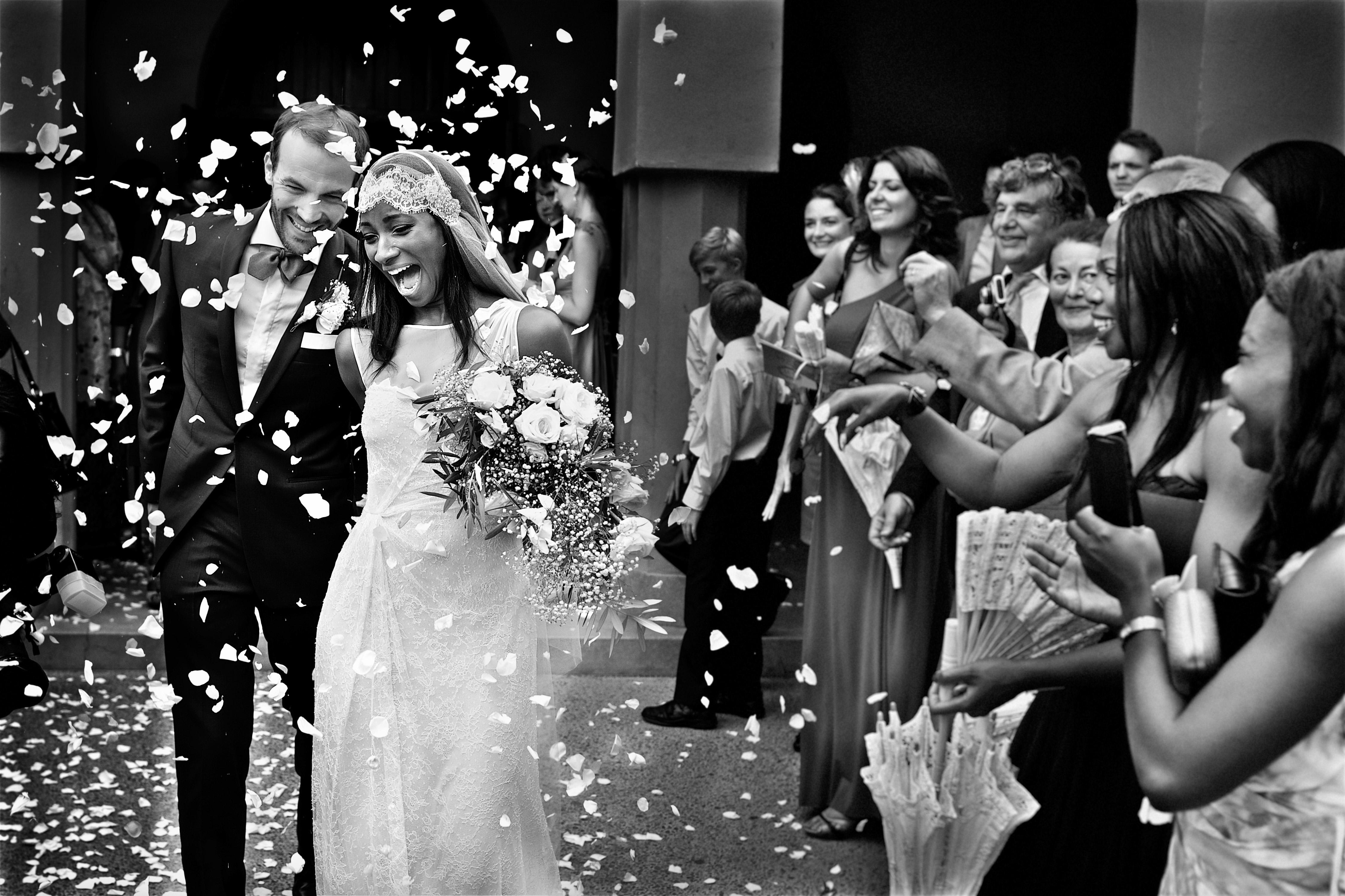 wedding exits petals toss