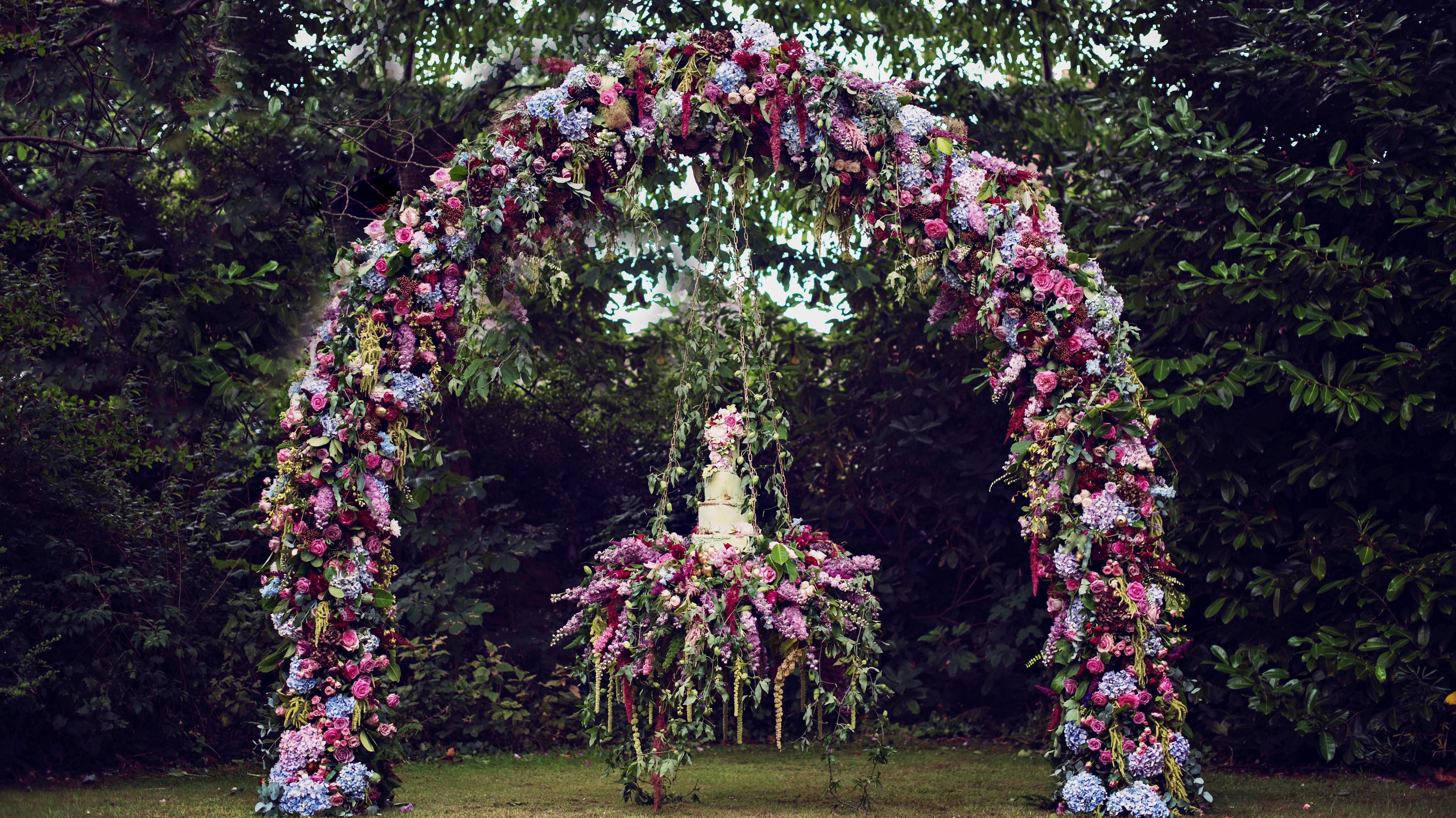 suspended wedding cake tables teresa c