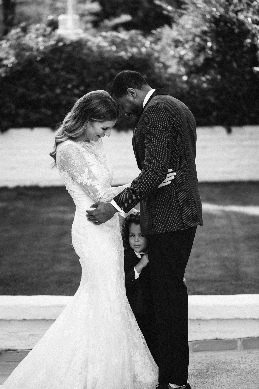 lyndsey magellan wedding first look