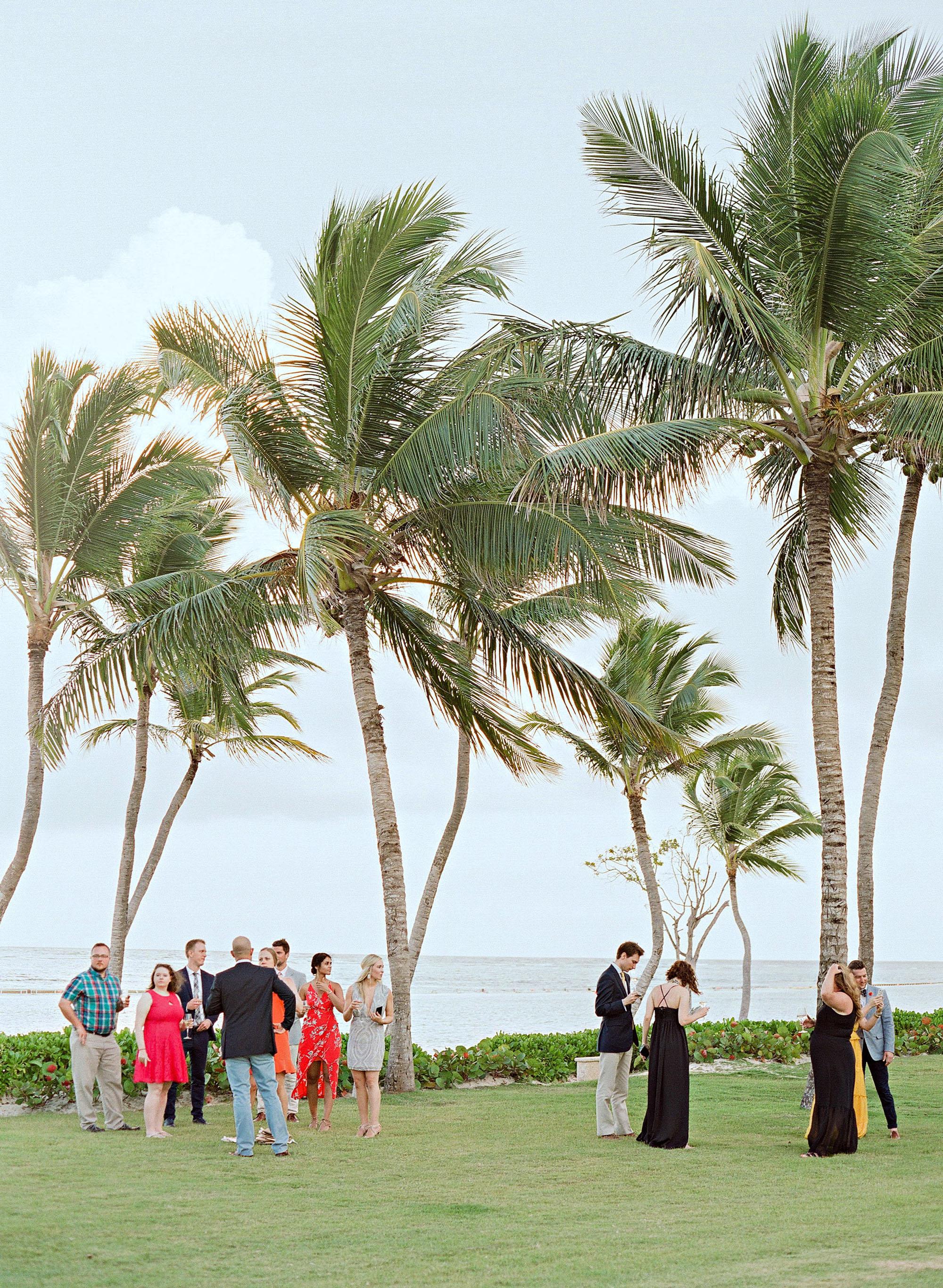 elizabeth sohale wedding dominican republic guests ceremony