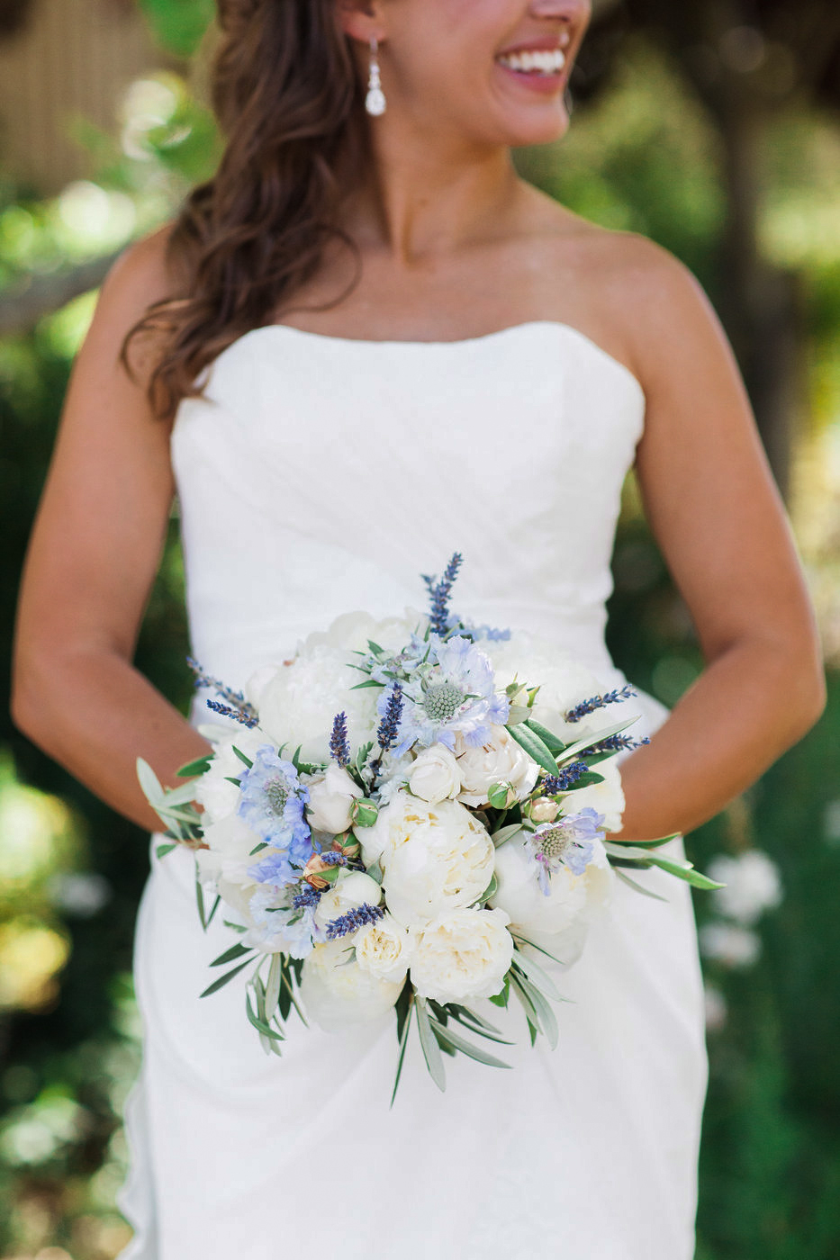 blue bouquet sposto photography
