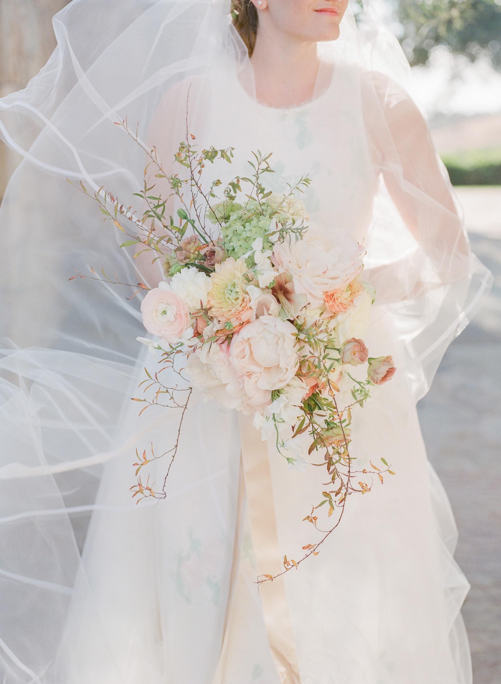 kathryn ian wedding bouquet