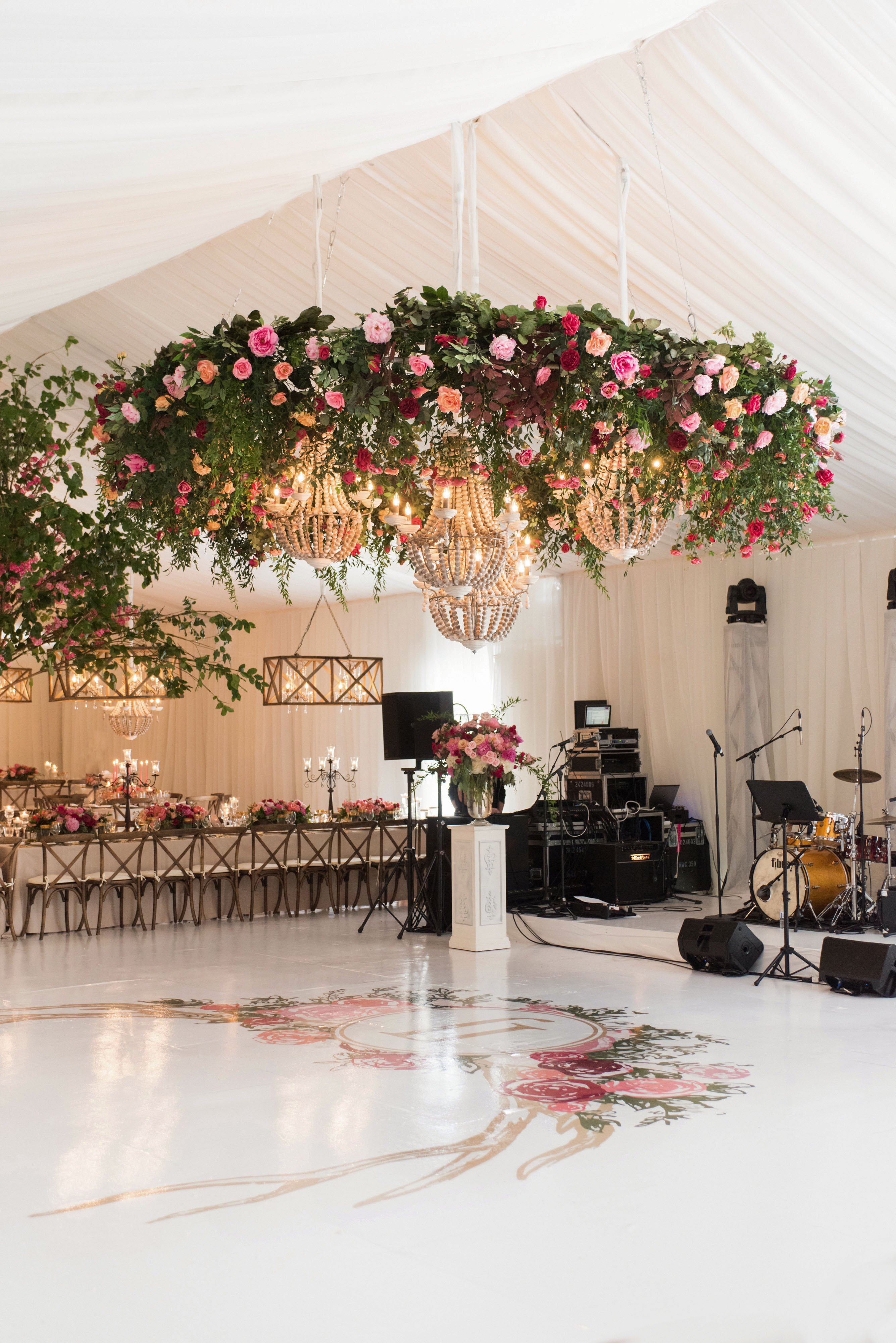 Hanging Decor Ideas Guaranteed To Elevate Your Wedding