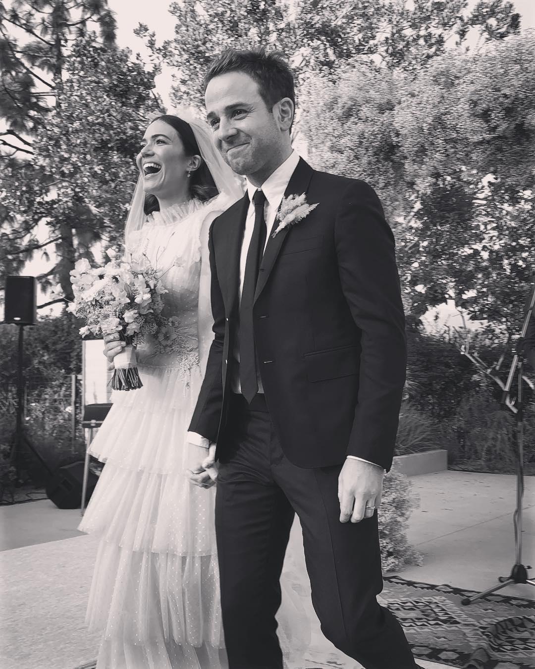 2018 celebrity wedding moments mandy moore taylor goldsmith