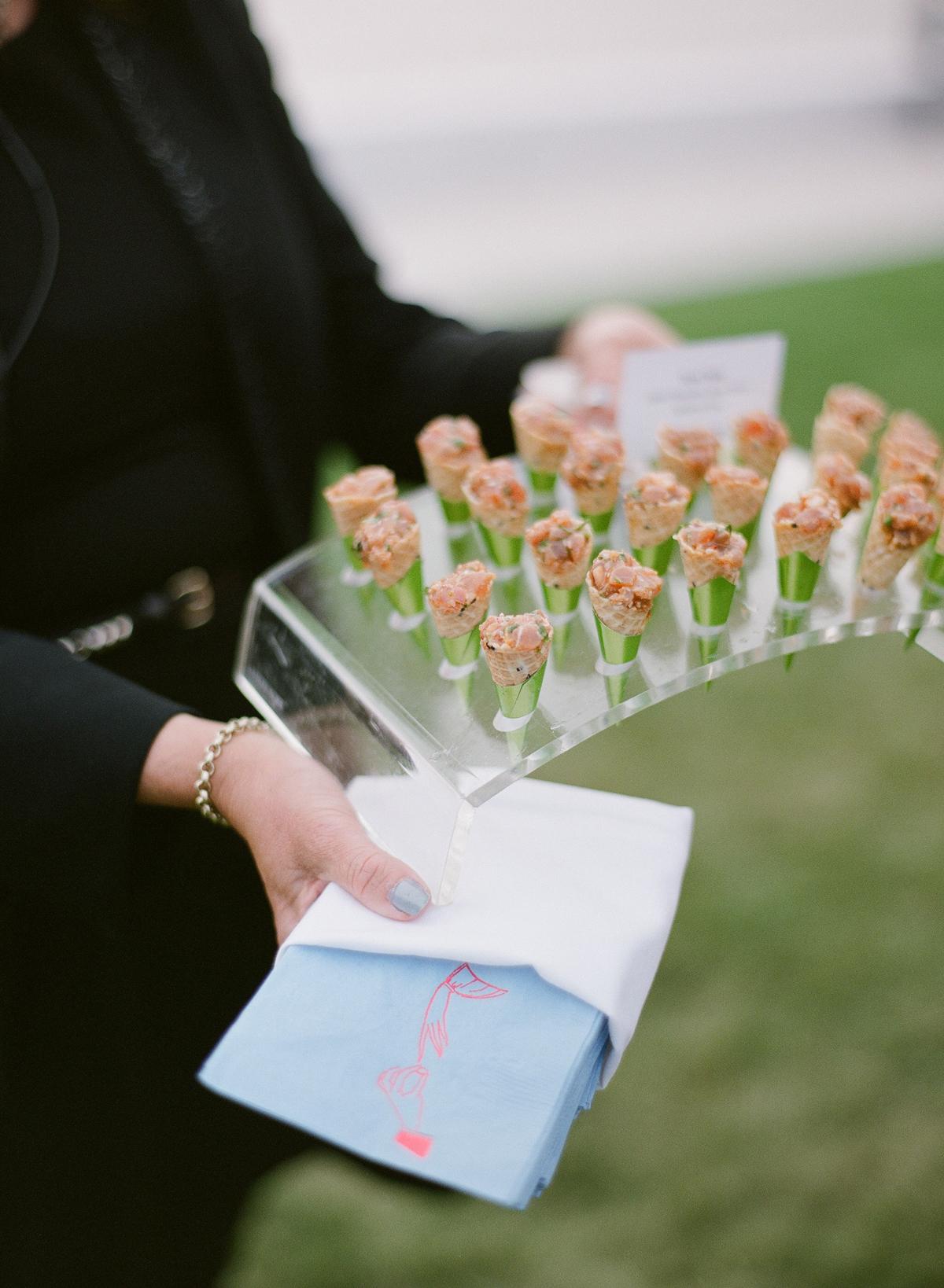 colleen stephen newport wedding appetizers tuna poke cones