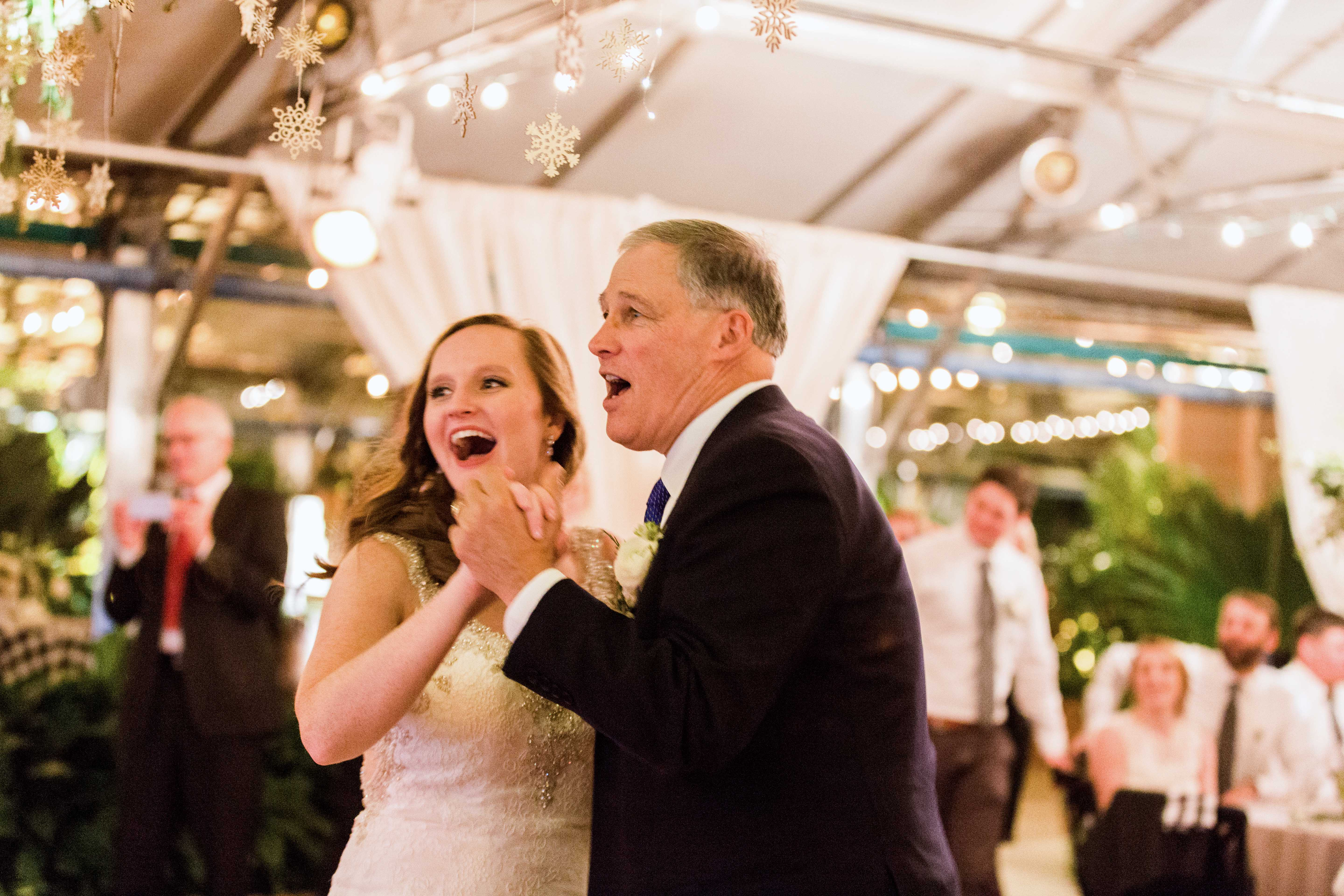 bride and father surprise look wedding dance