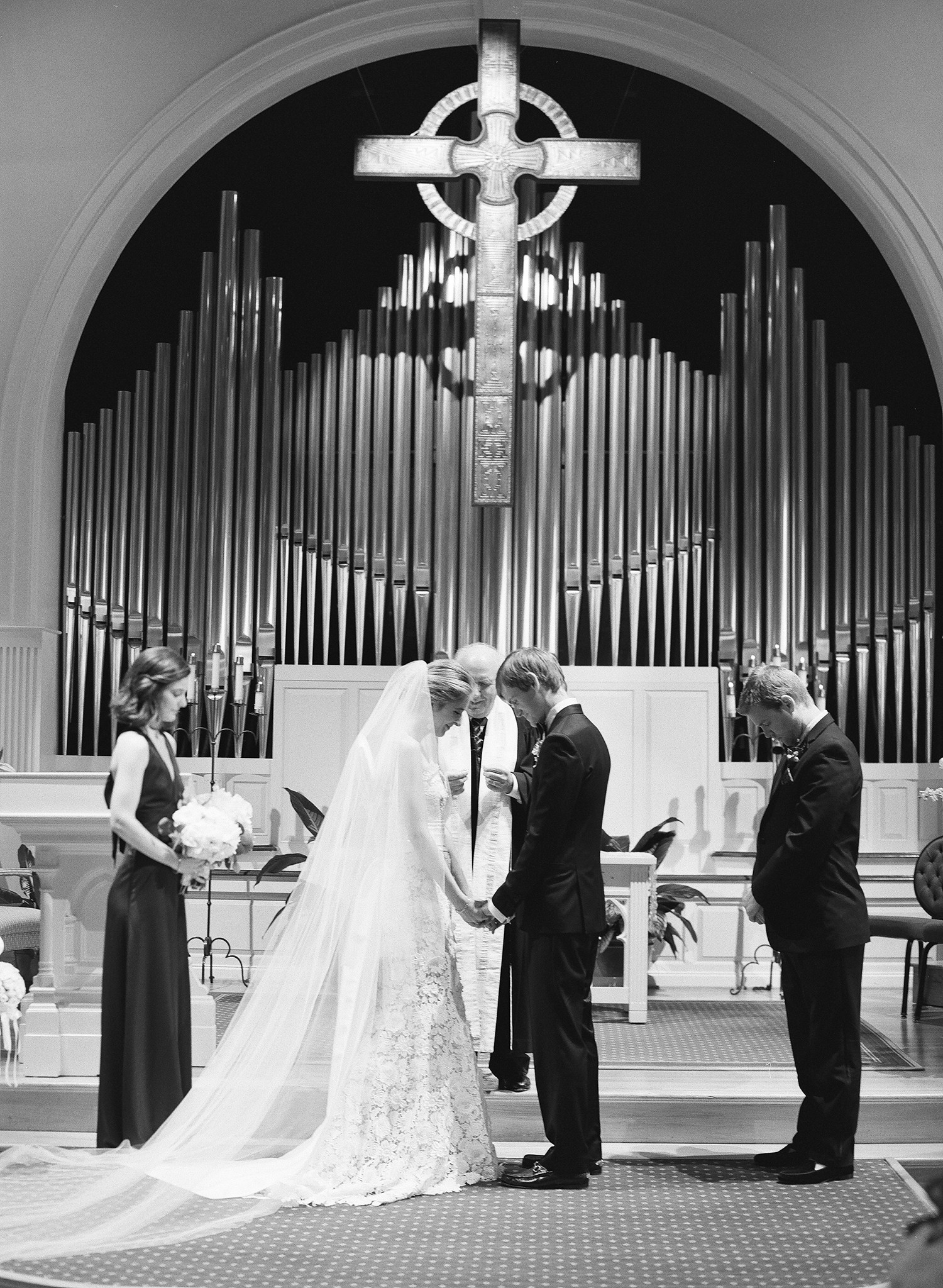 chelsea conor wedding ceremony in church