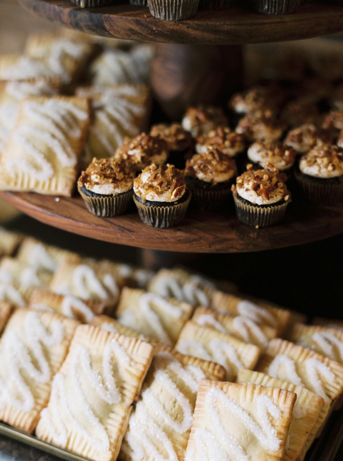 wedding desserts cupcakes and homemade pop tarts