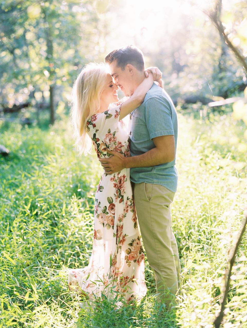 couple hugging engagement photo