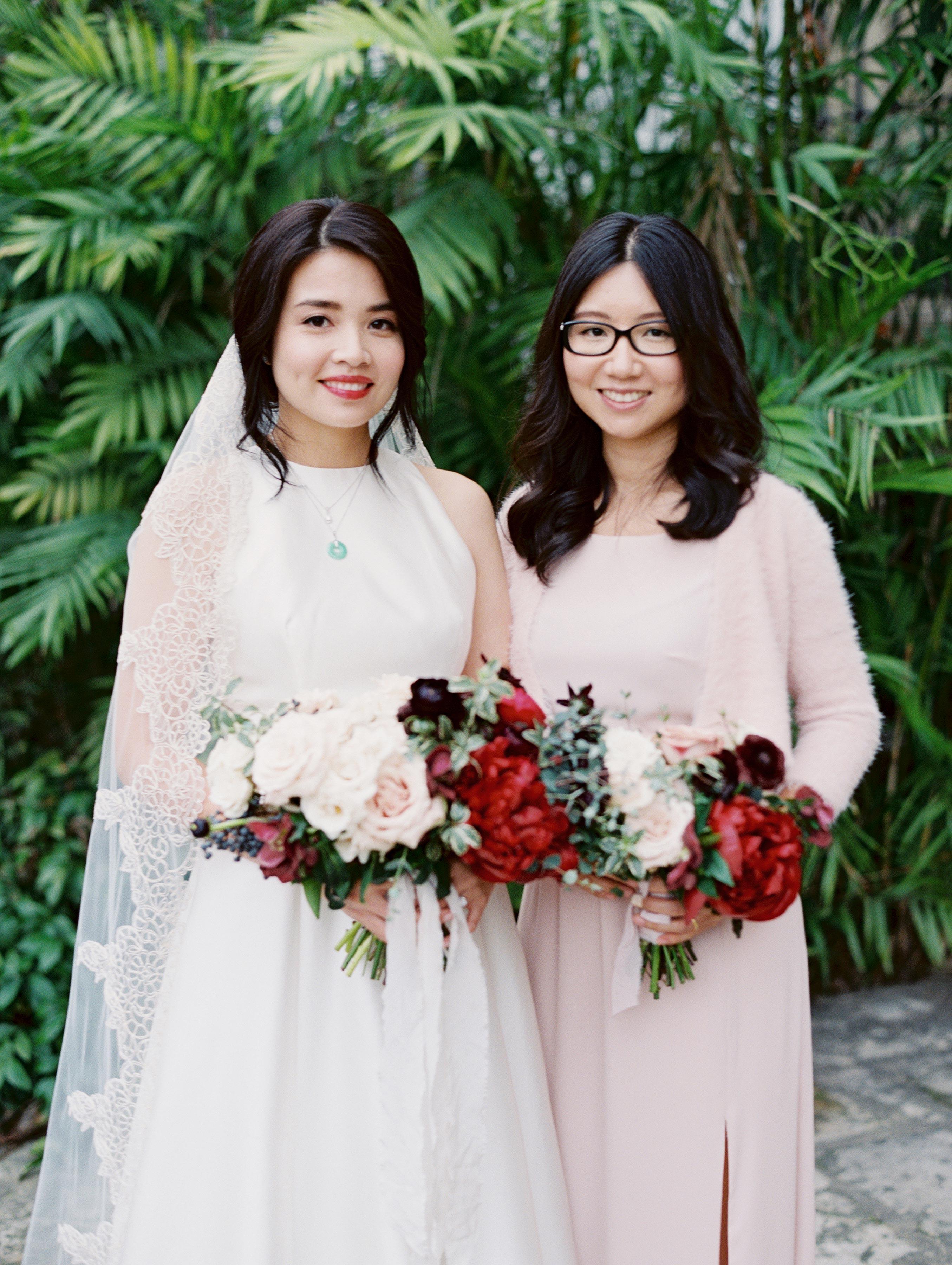 wedding maid of honor