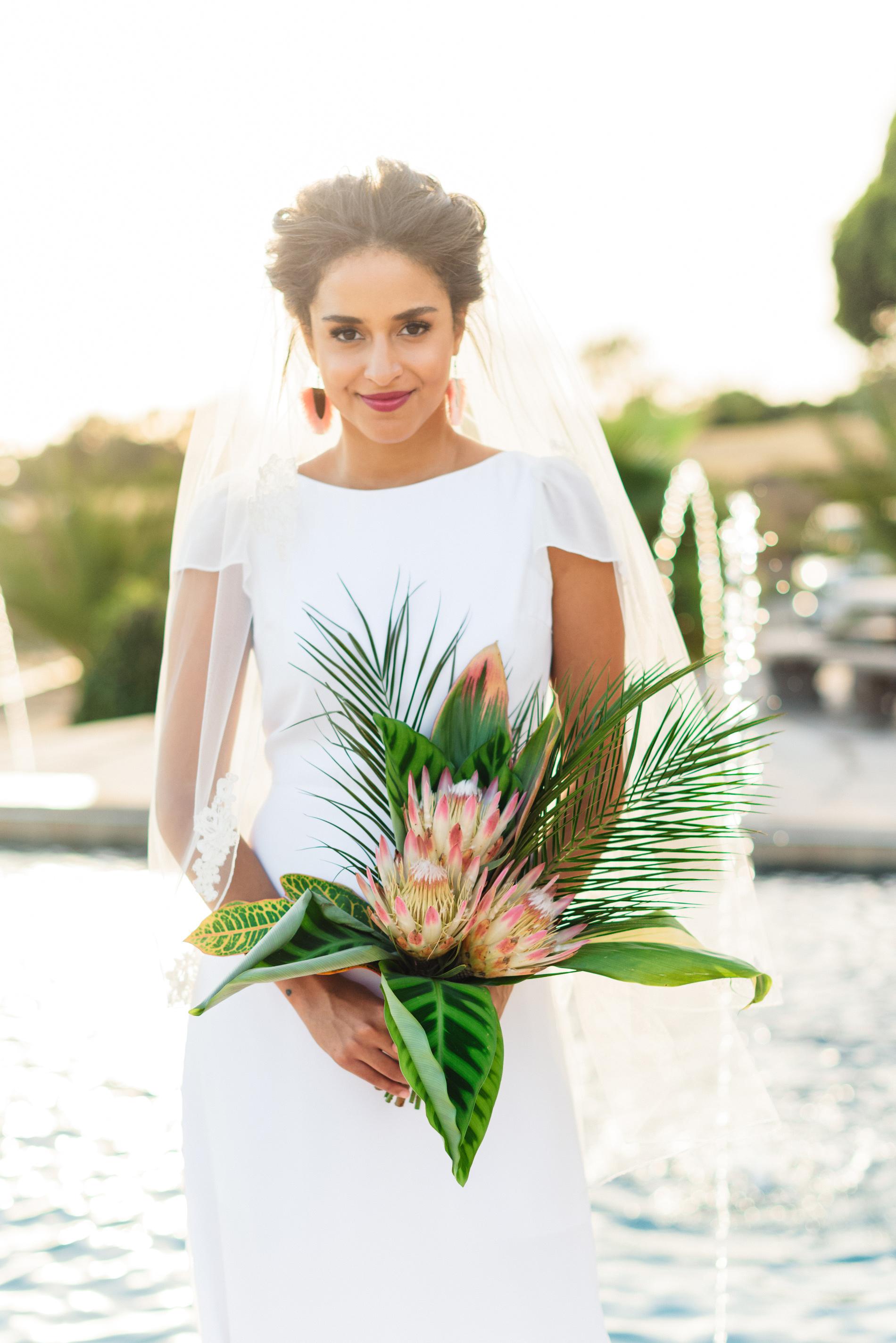 20 Tropical Leaf Wedding Bouquets Martha Stewart Weddings