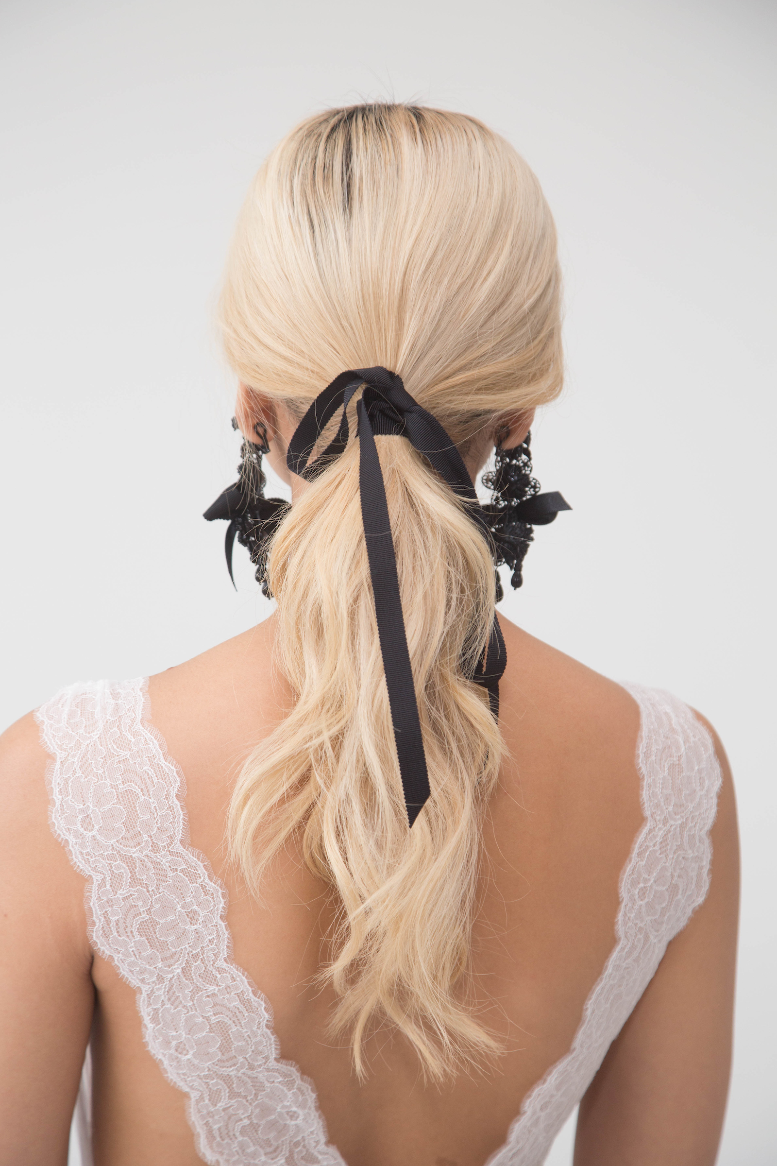 Marchesa Couture Hairstyle for Spring 2018 Bridal Fashion Week
