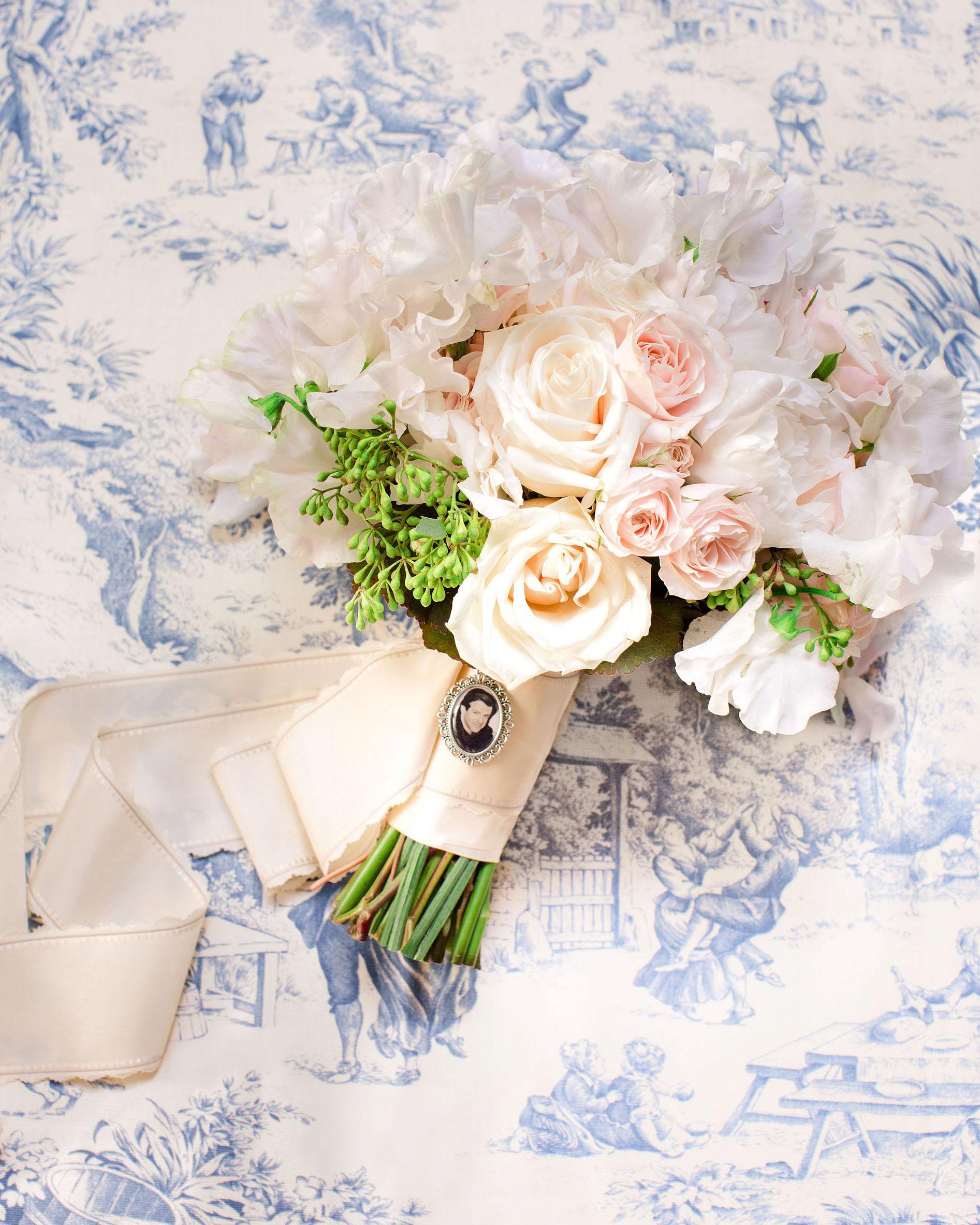 washington dc wedding bridal bouquet
