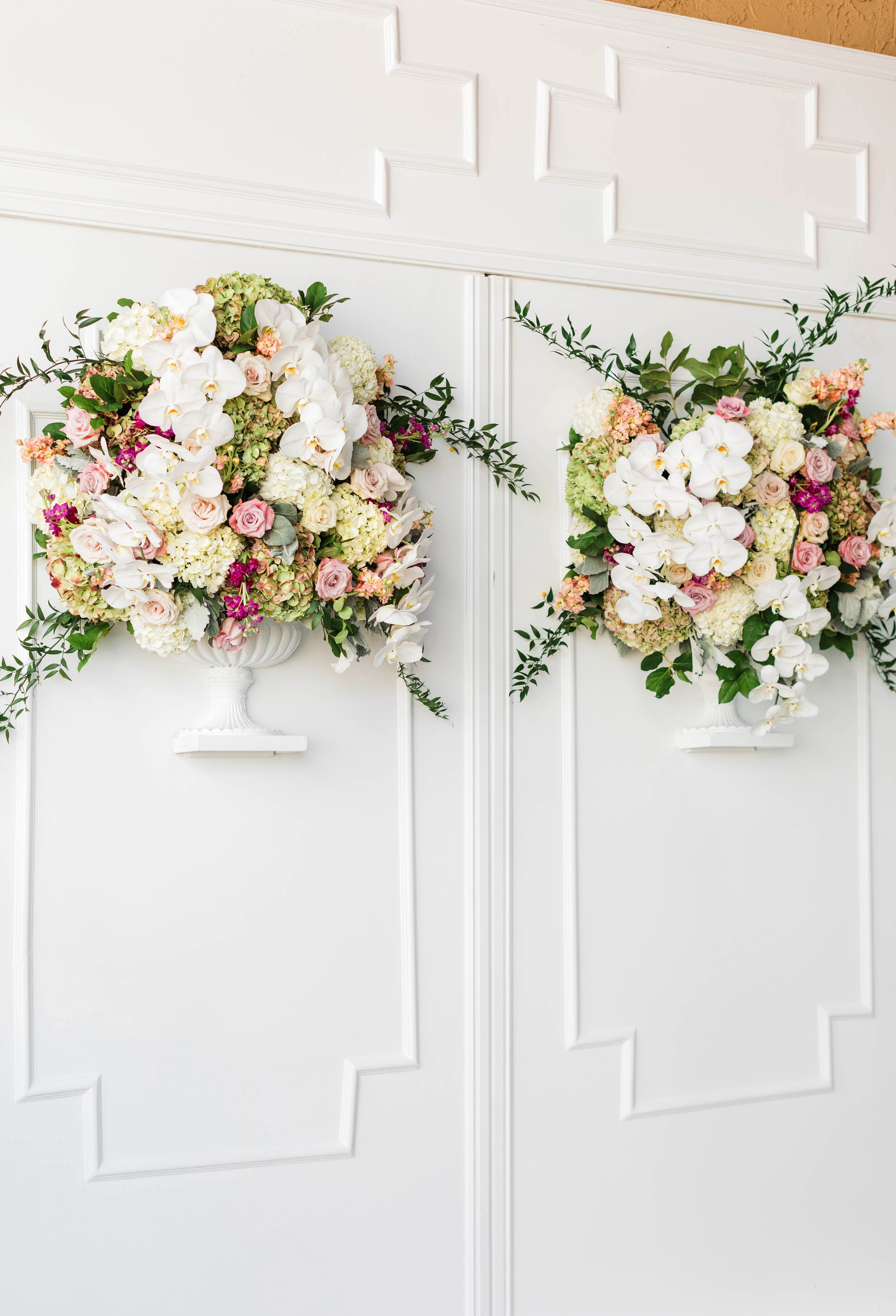 wall floral arrangement decor