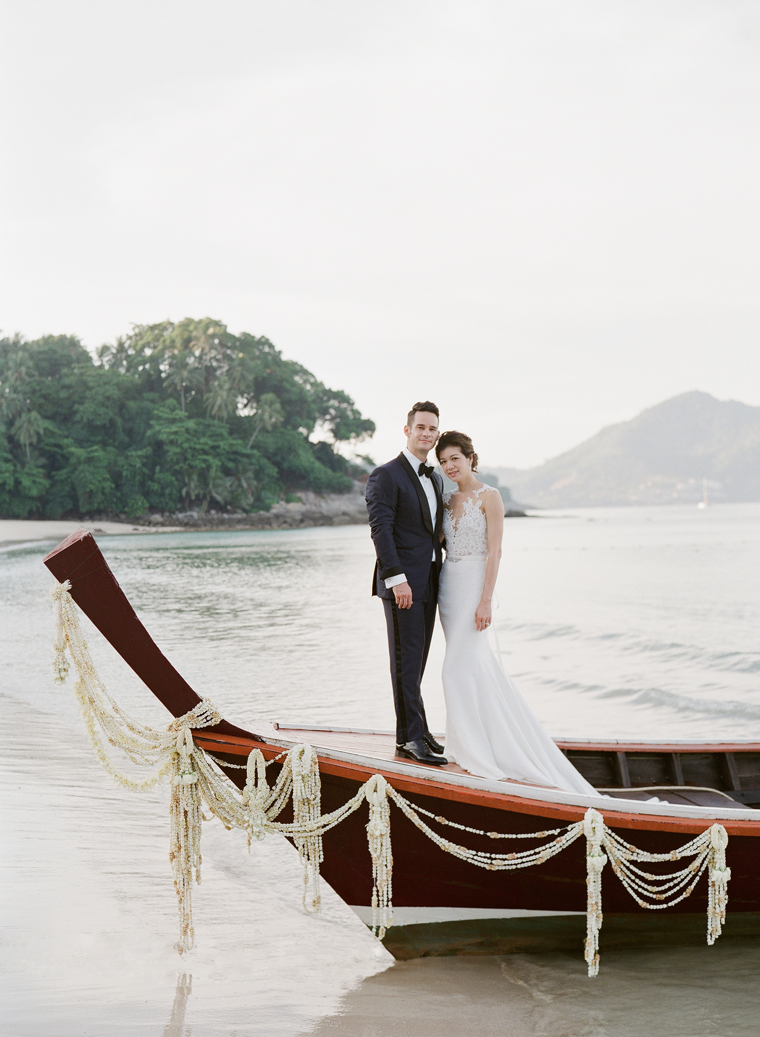 stacy brad wedding thailand couple on the boat