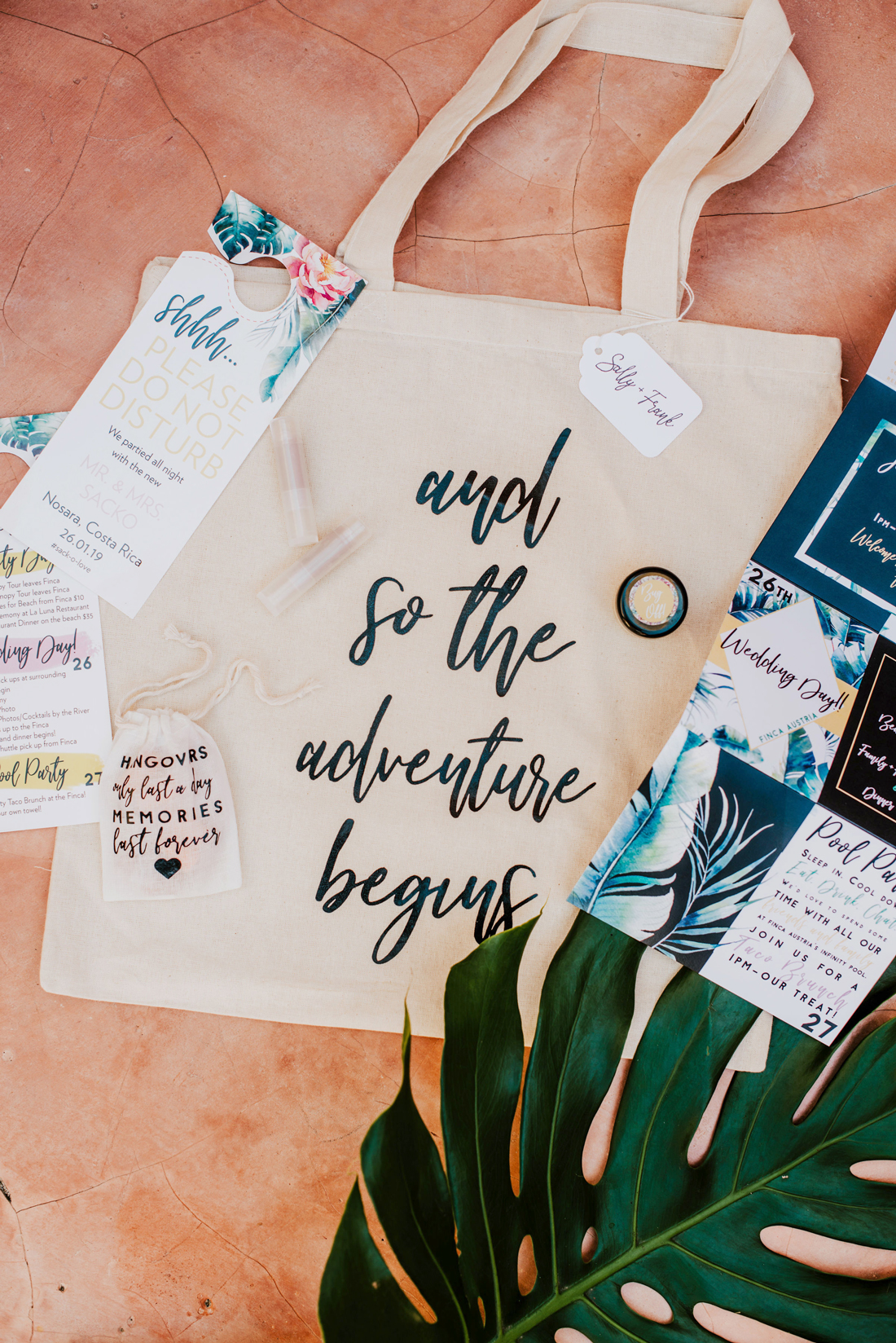 tote welcome bags for guests