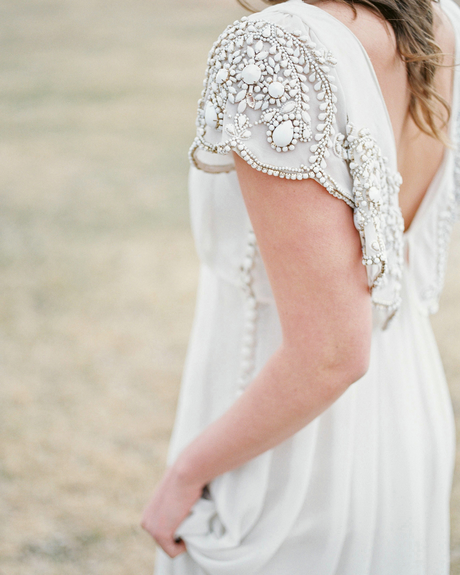 wedding dresses with buttons decorated short sleeves
