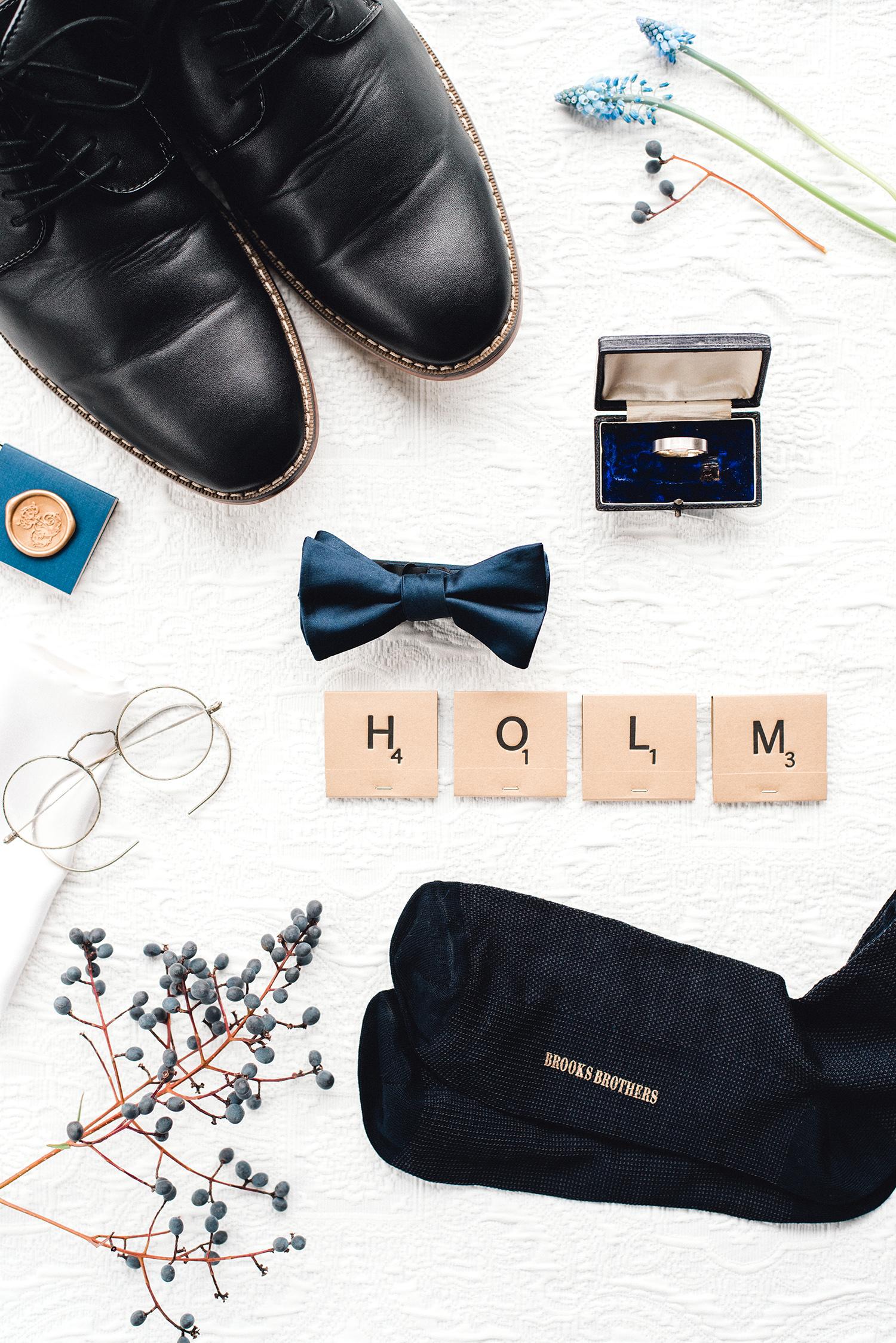 johanna erik wedding groom accessories