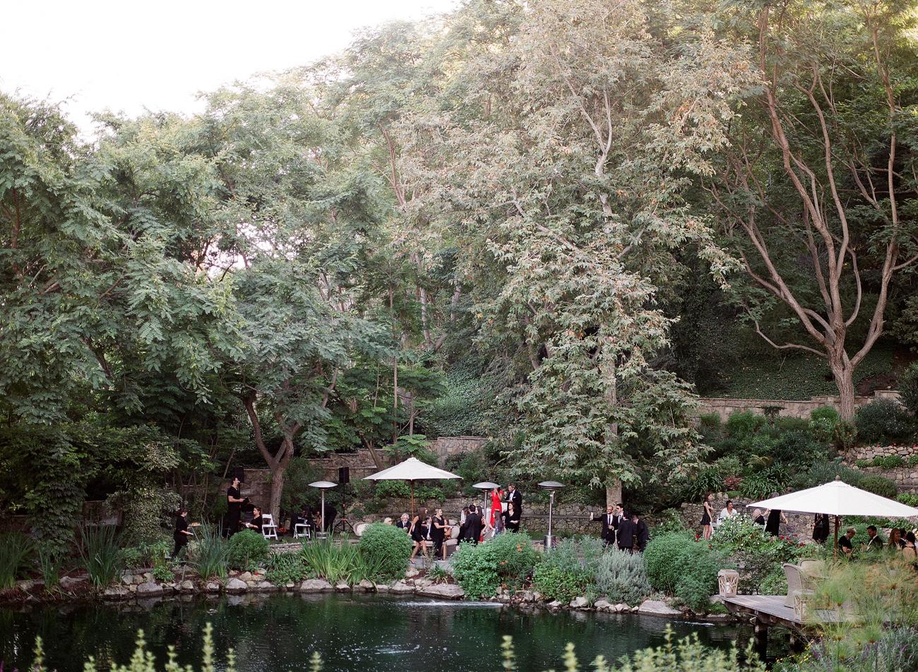 cocktail hour at wedding venue estate grounds
