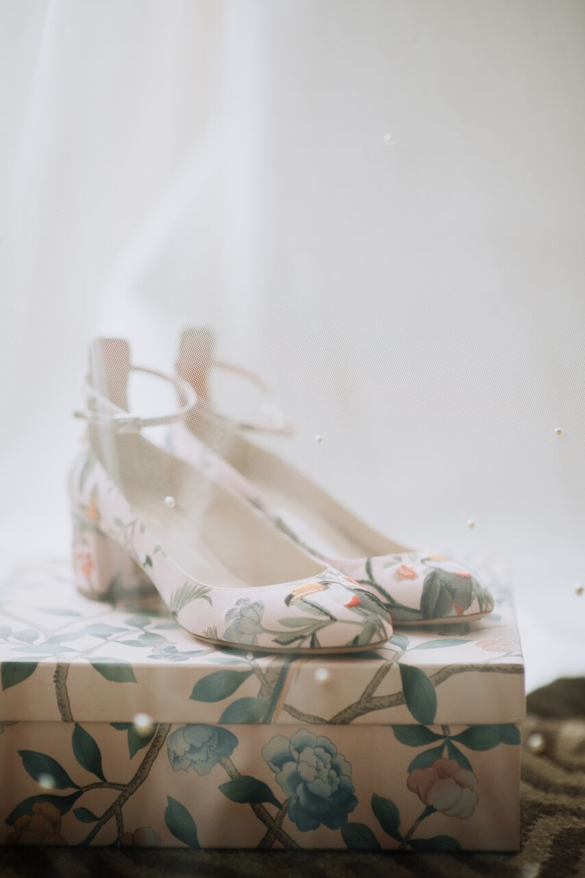 cathleen and winston wedding brides amazon theme patterned pumps