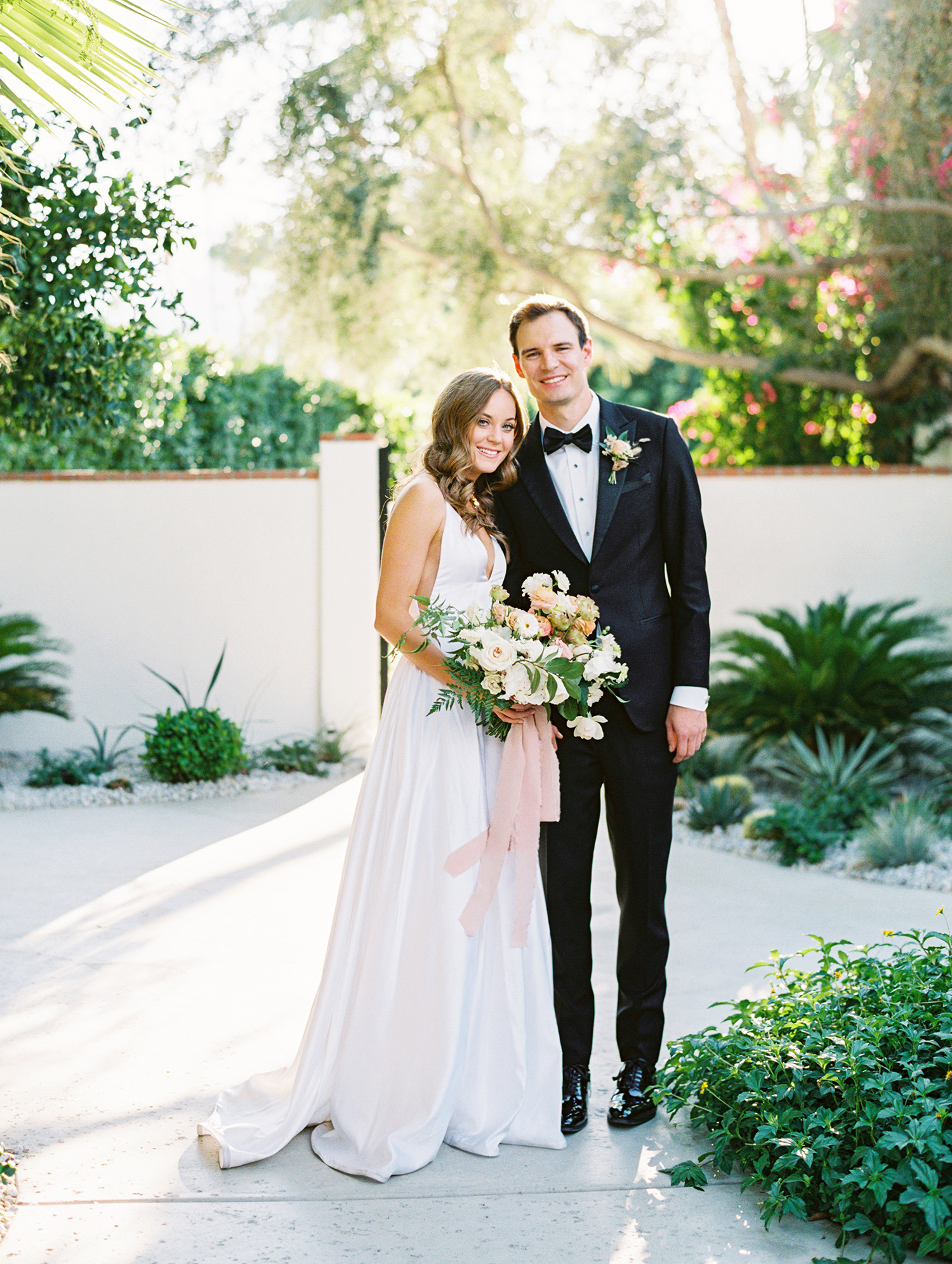 hanna will wedding couple outdoors